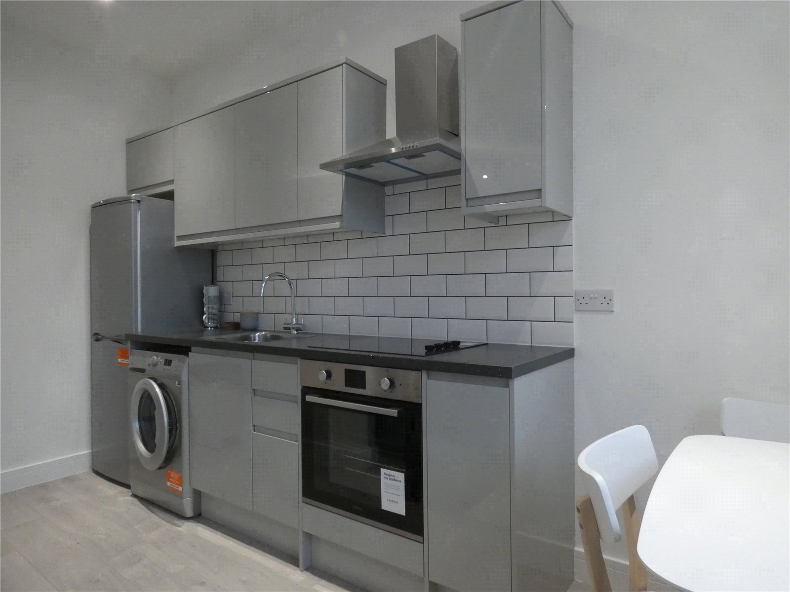 Apartment to rent in Whetstone, N20 9HW 2