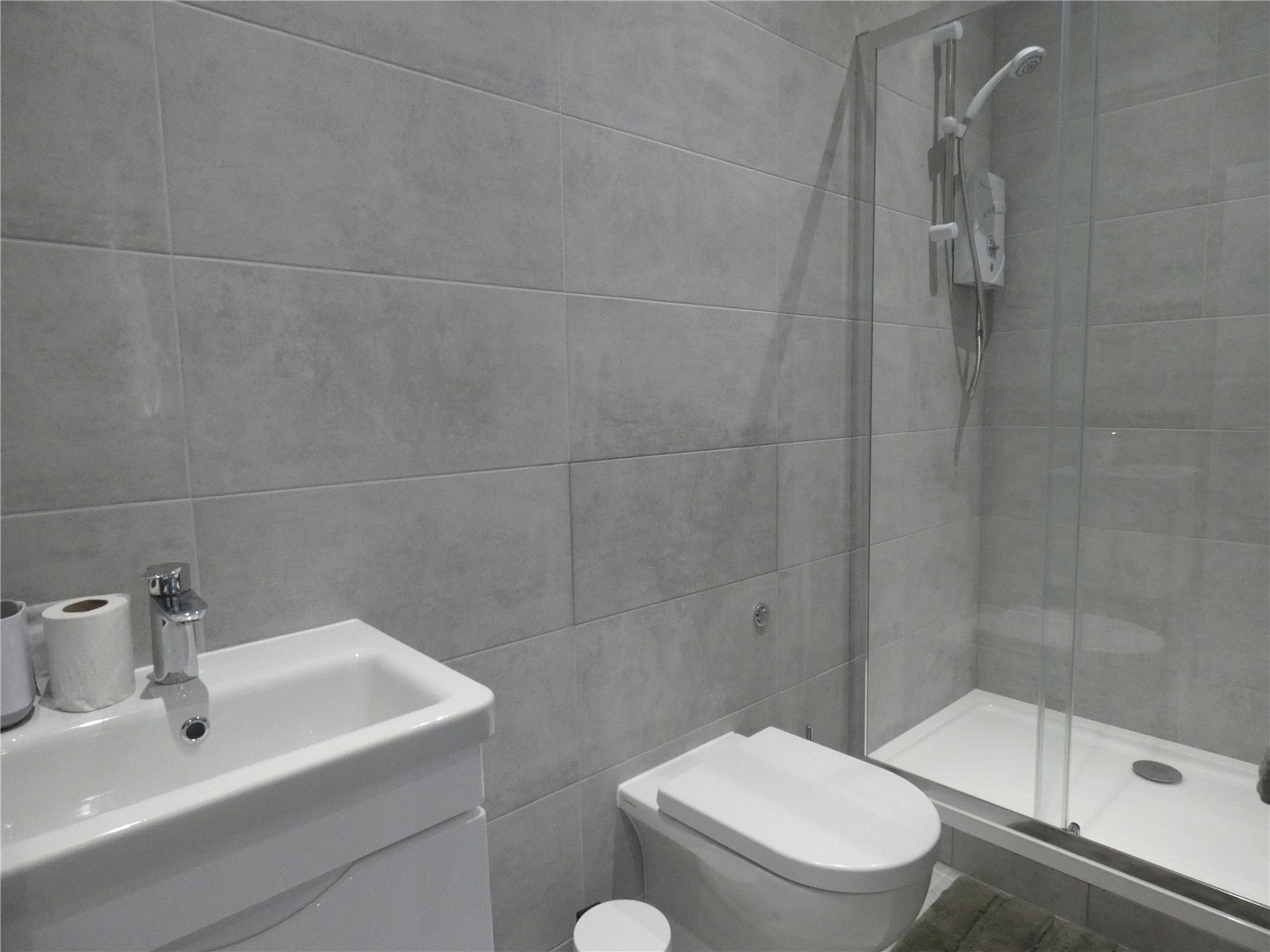 Apartment to rent in Whetstone, N20 9HW 3