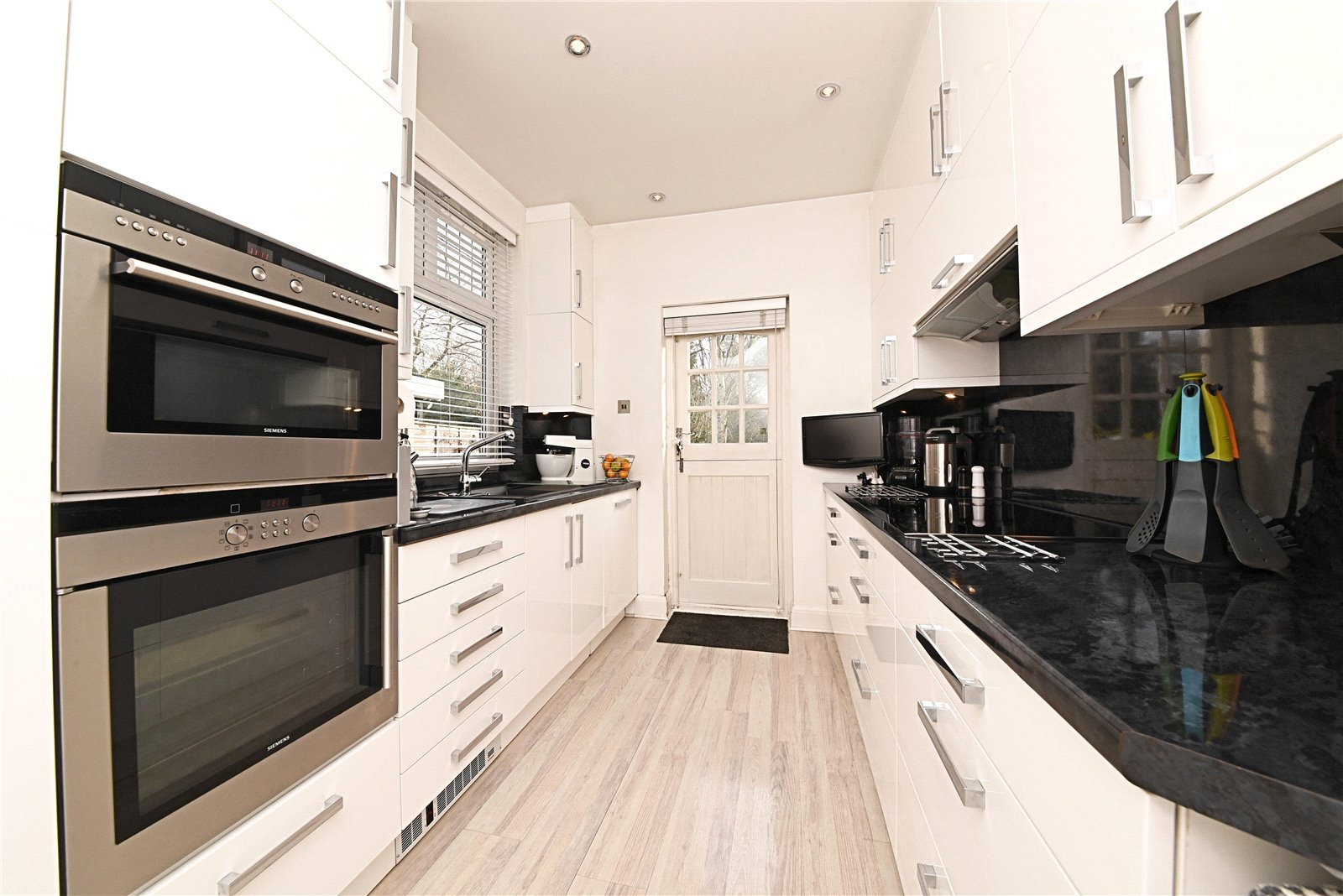 4 bed house for sale in Holders Hill Road, Hendon, NW4