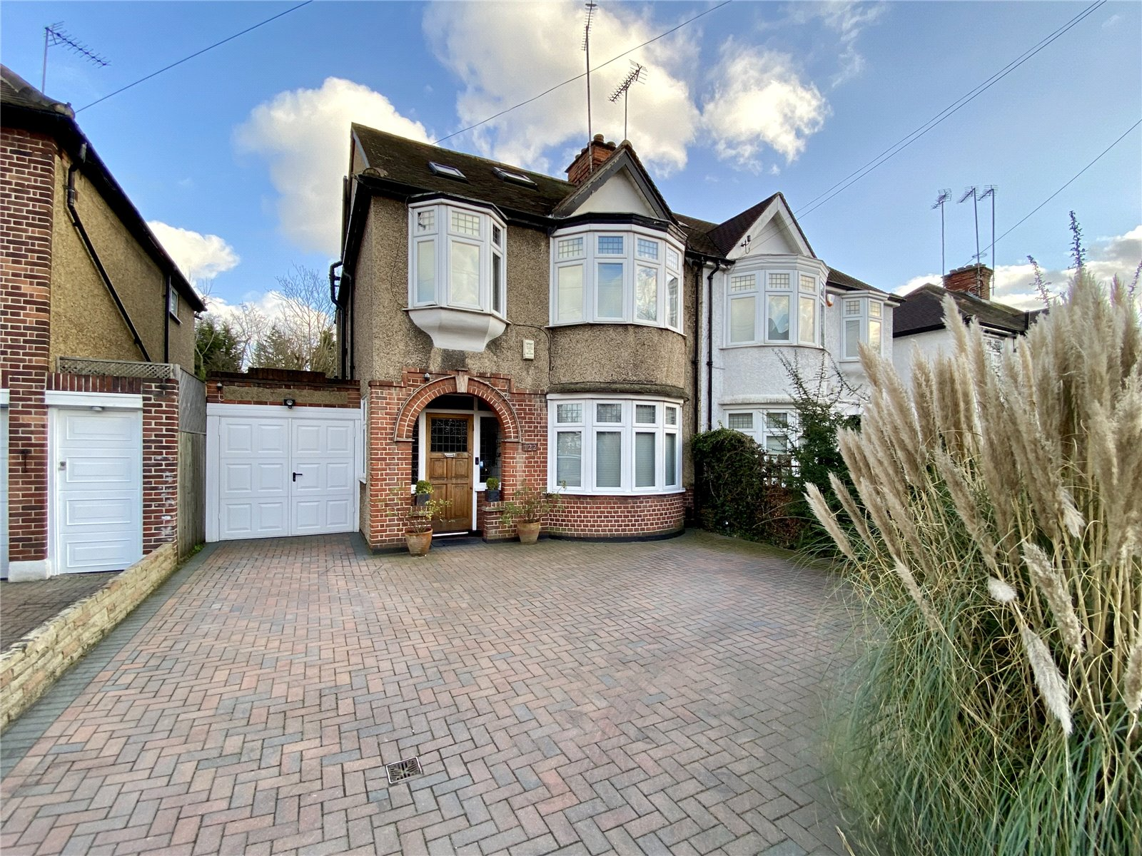 4 bed house for sale in Hendon, NW4 1LJ - Property Image 1