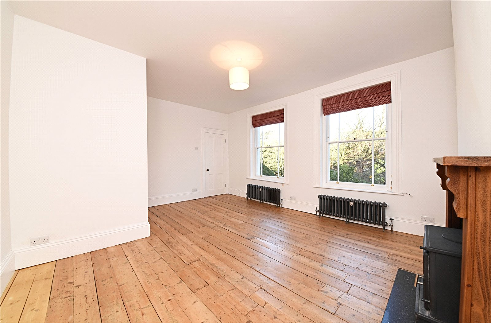 3 bed apartment to rent in Wood Street, High Barnet  - Property Image 6