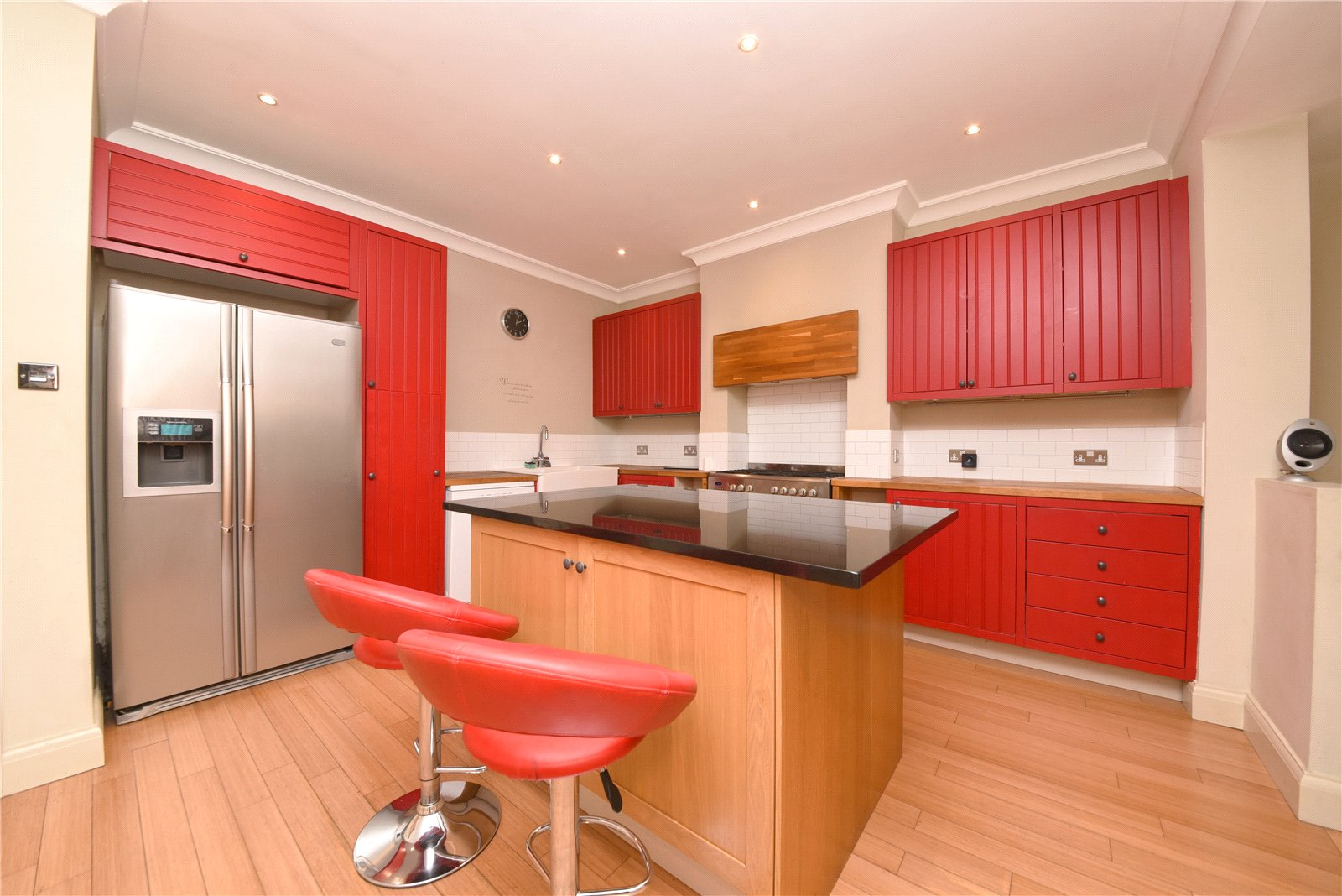 4 bed house to rent in Longland Drive, Totteridge  - Property Image 1