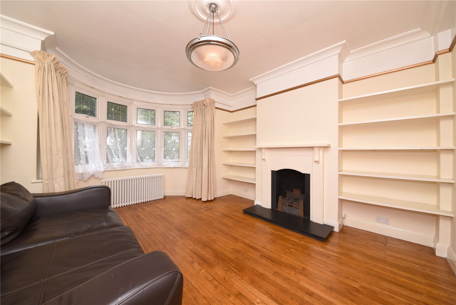 4 bed house to rent in Longland Drive, Totteridge 2