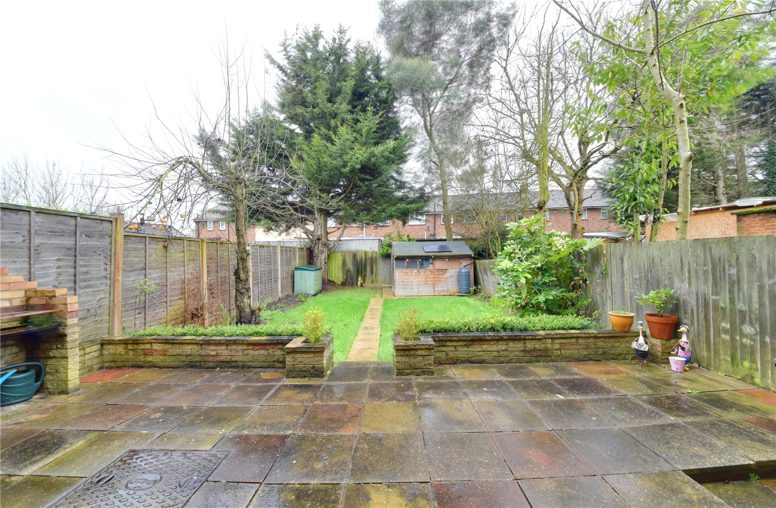3 bed house for sale in Edgware, HA8 8XT 3