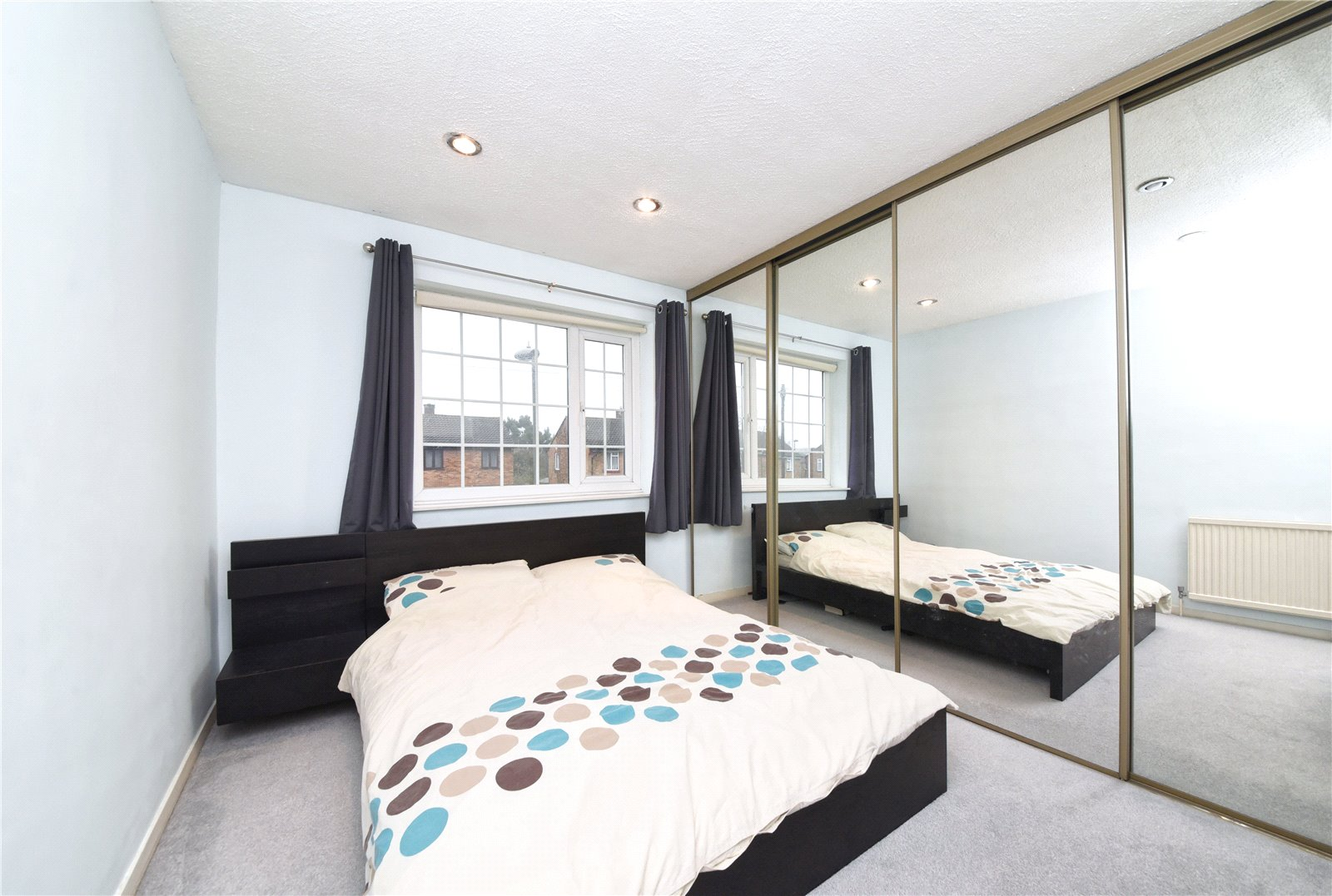 3 bed house for sale in Edgware, HA8 8XT  - Property Image 7