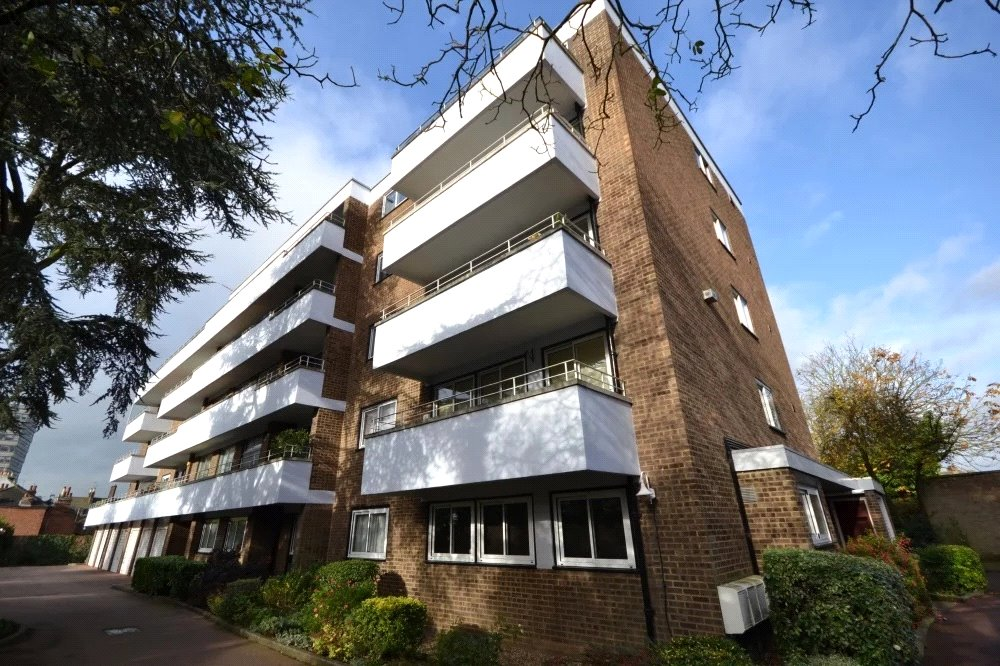 2 bed apartment for sale in Whetstone, N20 9HG 12
