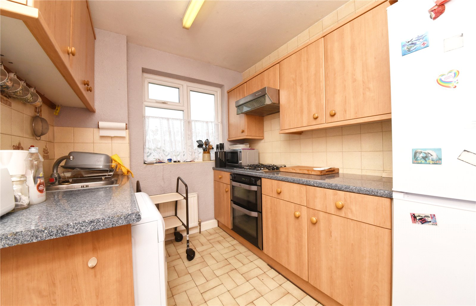 3 bed house for sale in Whetstone, N20 0DG 2