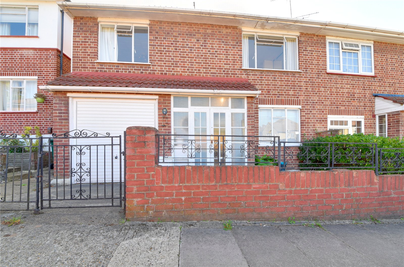 3 bed house for sale in West Finchley, N3 1PB 0