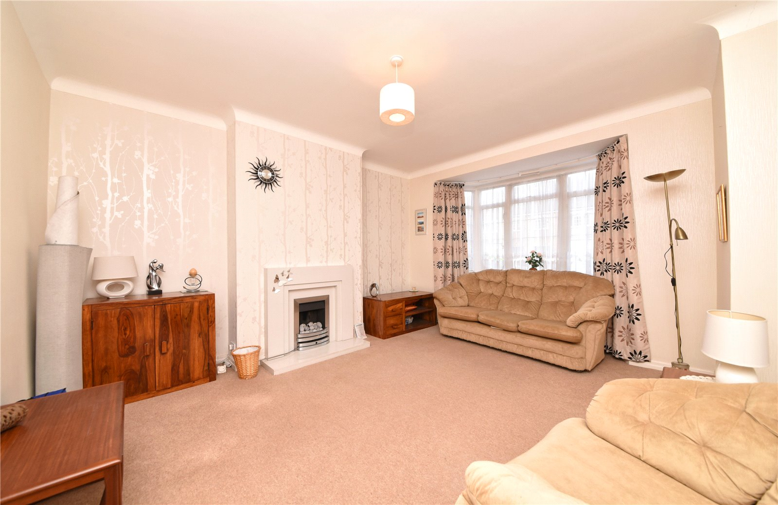 3 bed house for sale in London, N12 9ND 7