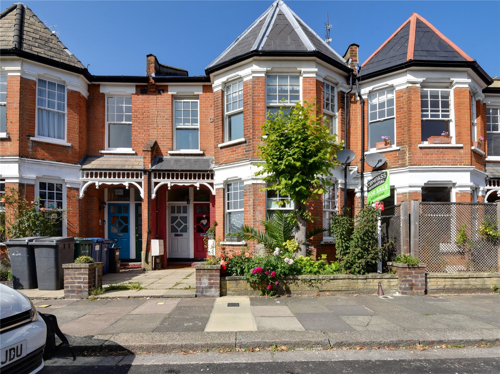 2 bed maisonette for sale in Sedgemere Avenue, East Finchley - Property Image 1