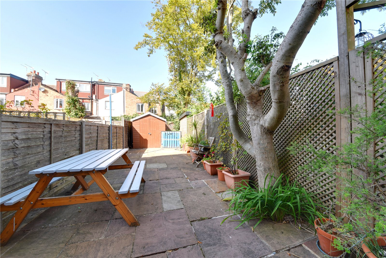 2 bed apartment for sale in East Finchley, N2 0SX 4