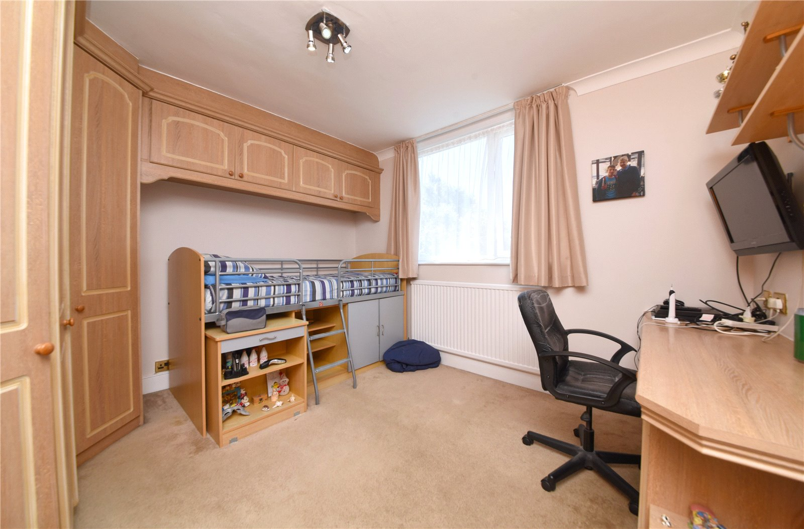 3 bed house for sale in Southgate, N14 4NY  - Property Image 9