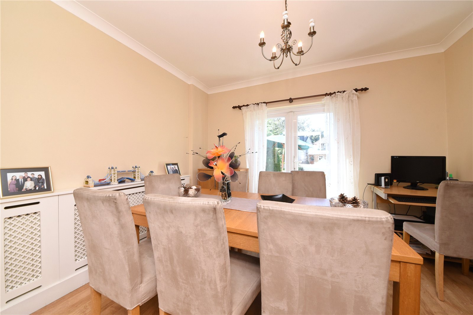 3 bed house for sale in Southgate, N14 4NY 5