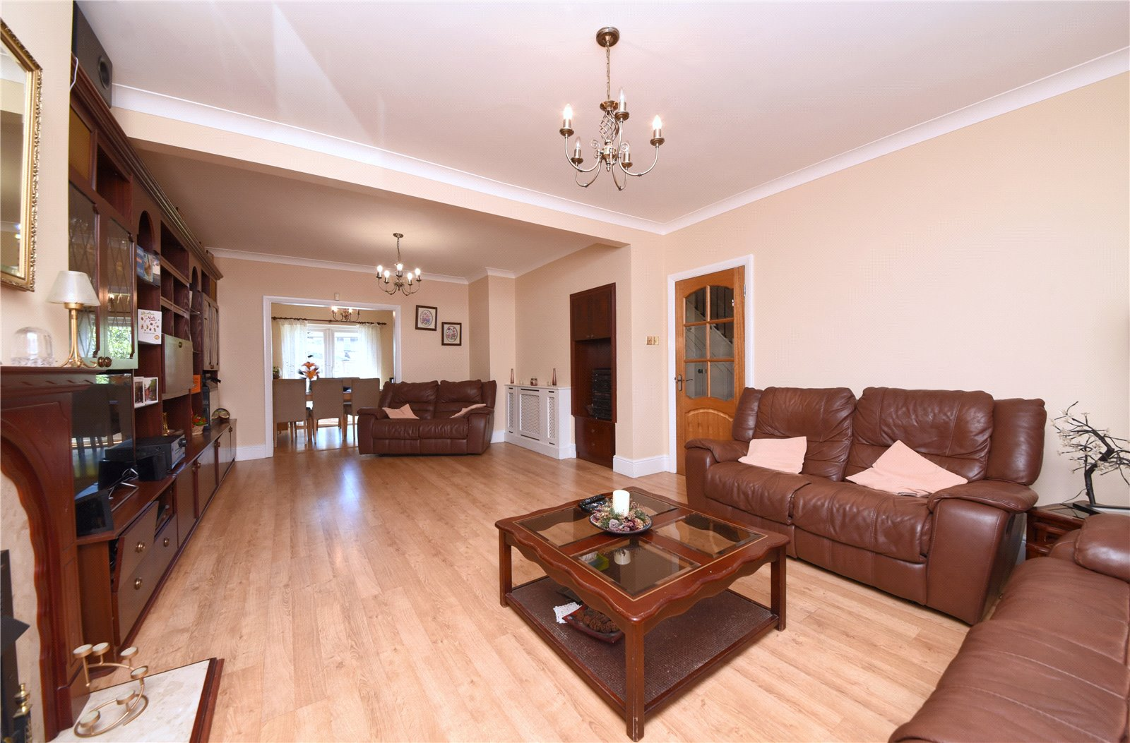 3 bed house for sale in The Fairway, Southgate 3