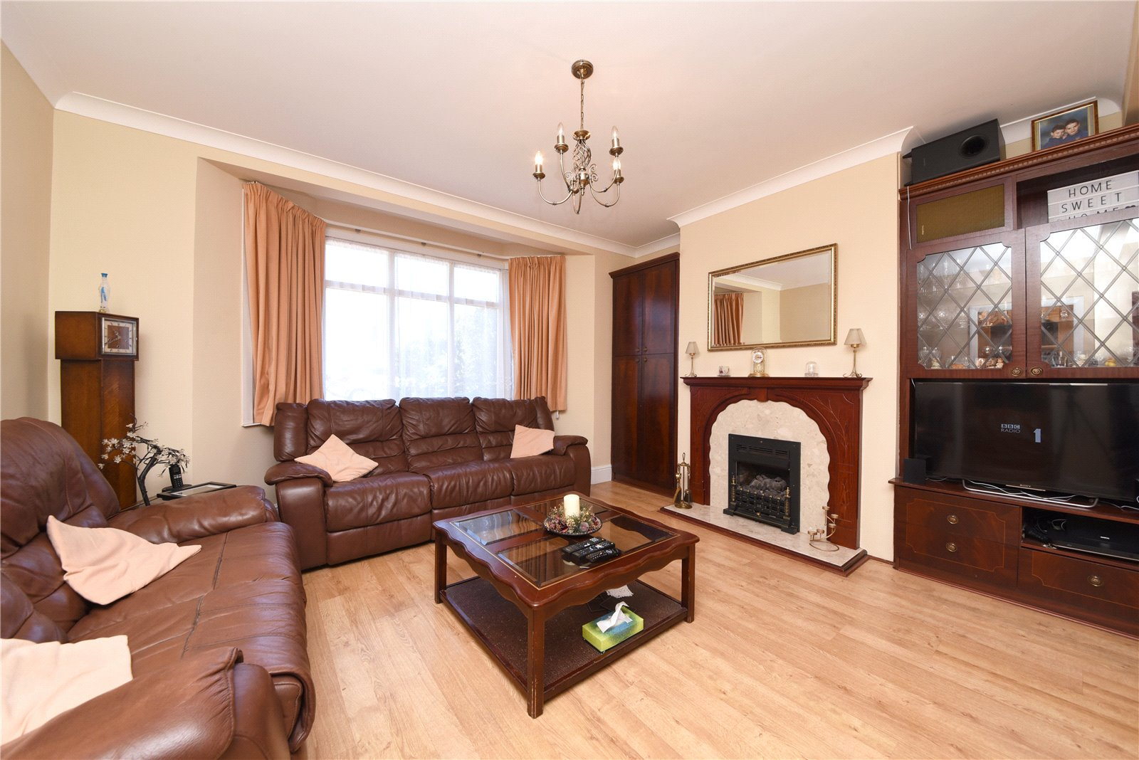 3 bed house for sale in The Fairway, Southgate 9