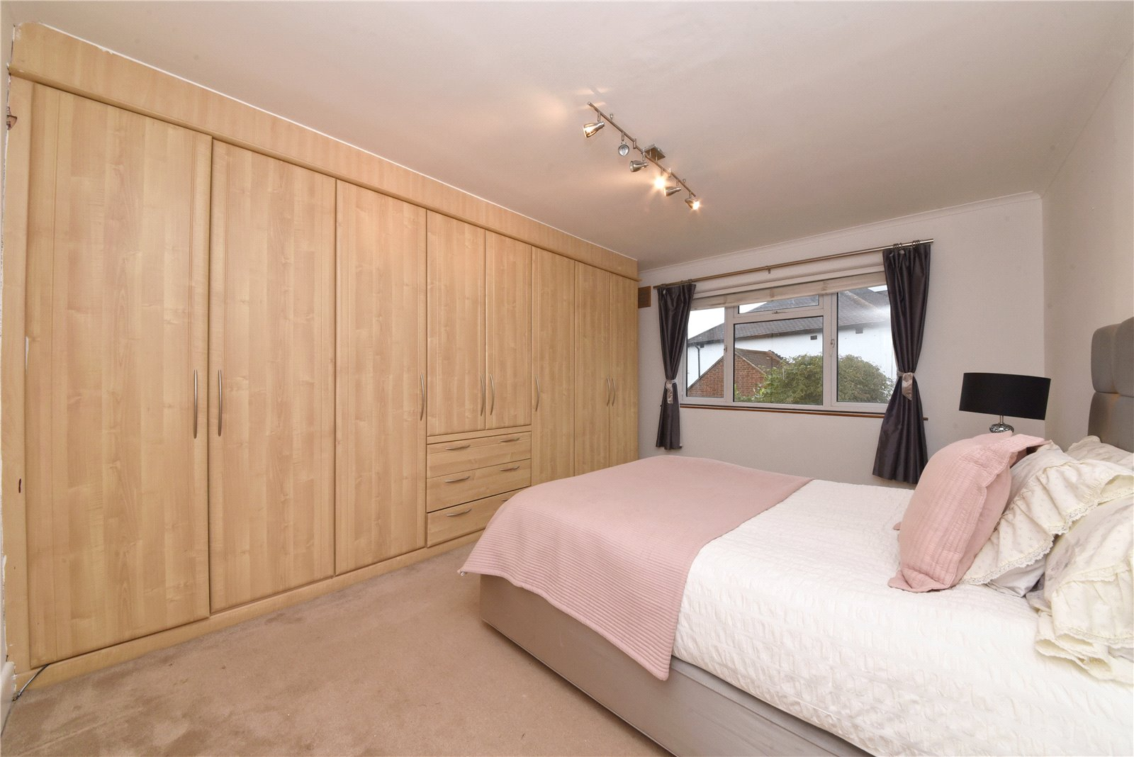 3 bed house for sale in High Barnet, EN5 1AL 3