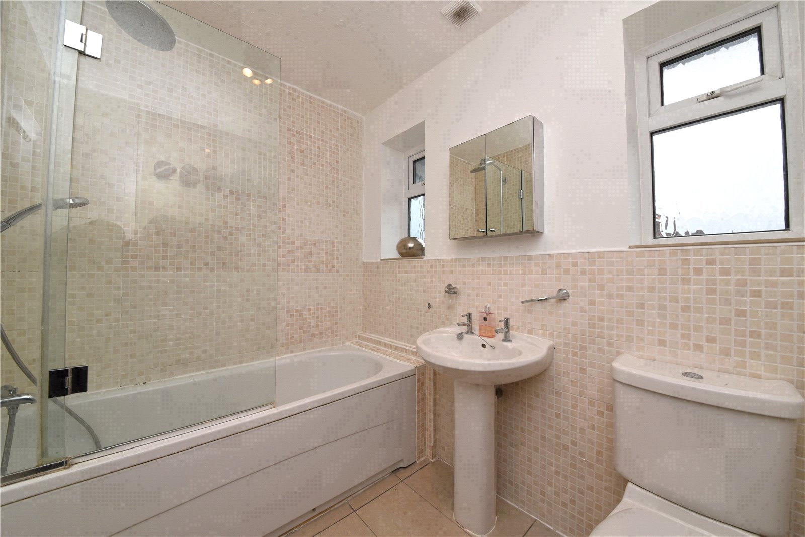 3 bed house for sale in High Barnet, EN5 1AL  - Property Image 6