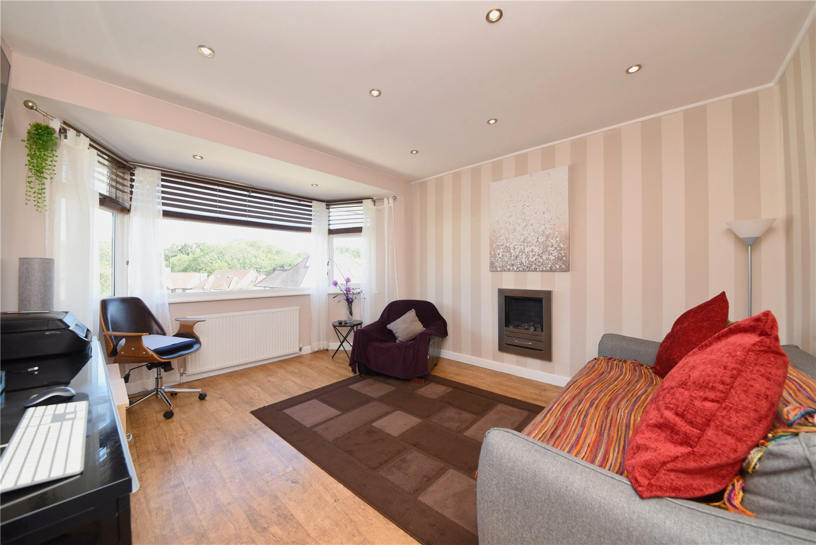 1 bed apartment for sale in Hendon, NW4 1NJ 0