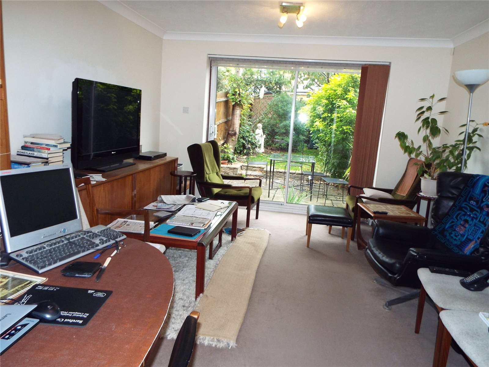 2 bed house to rent in New Southgate, N11 3PY 3