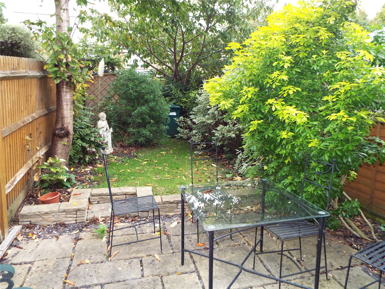 2 bed house to rent in New Southgate, N11 3PY  - Property Image 2