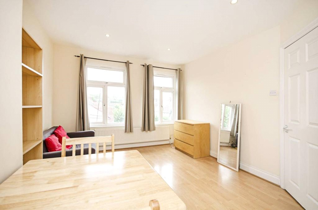 2 bed apartment to rent in London, NW11 7ES, NW11