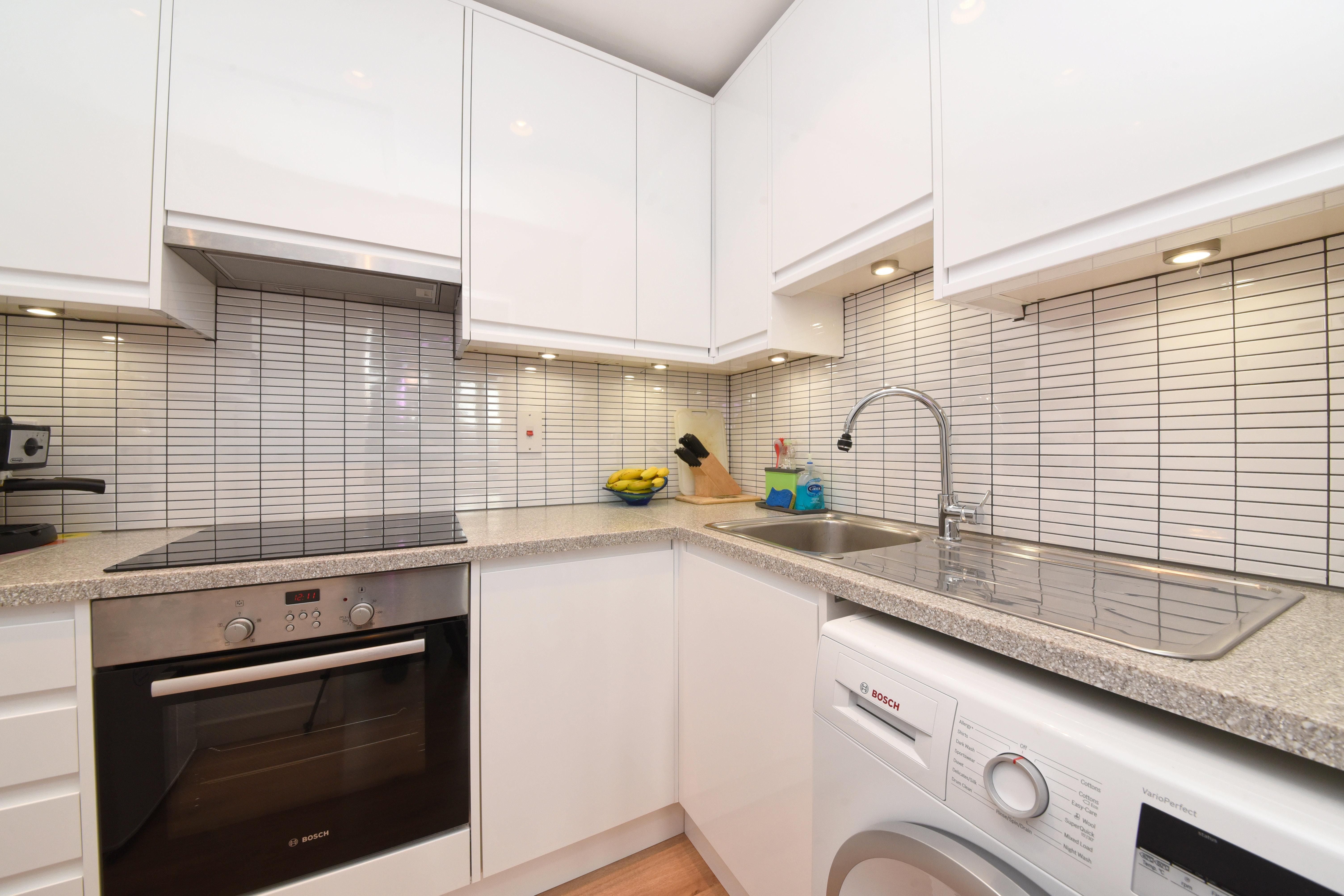 Apartment for sale in Glyn Avenue, New Barnet, EN4