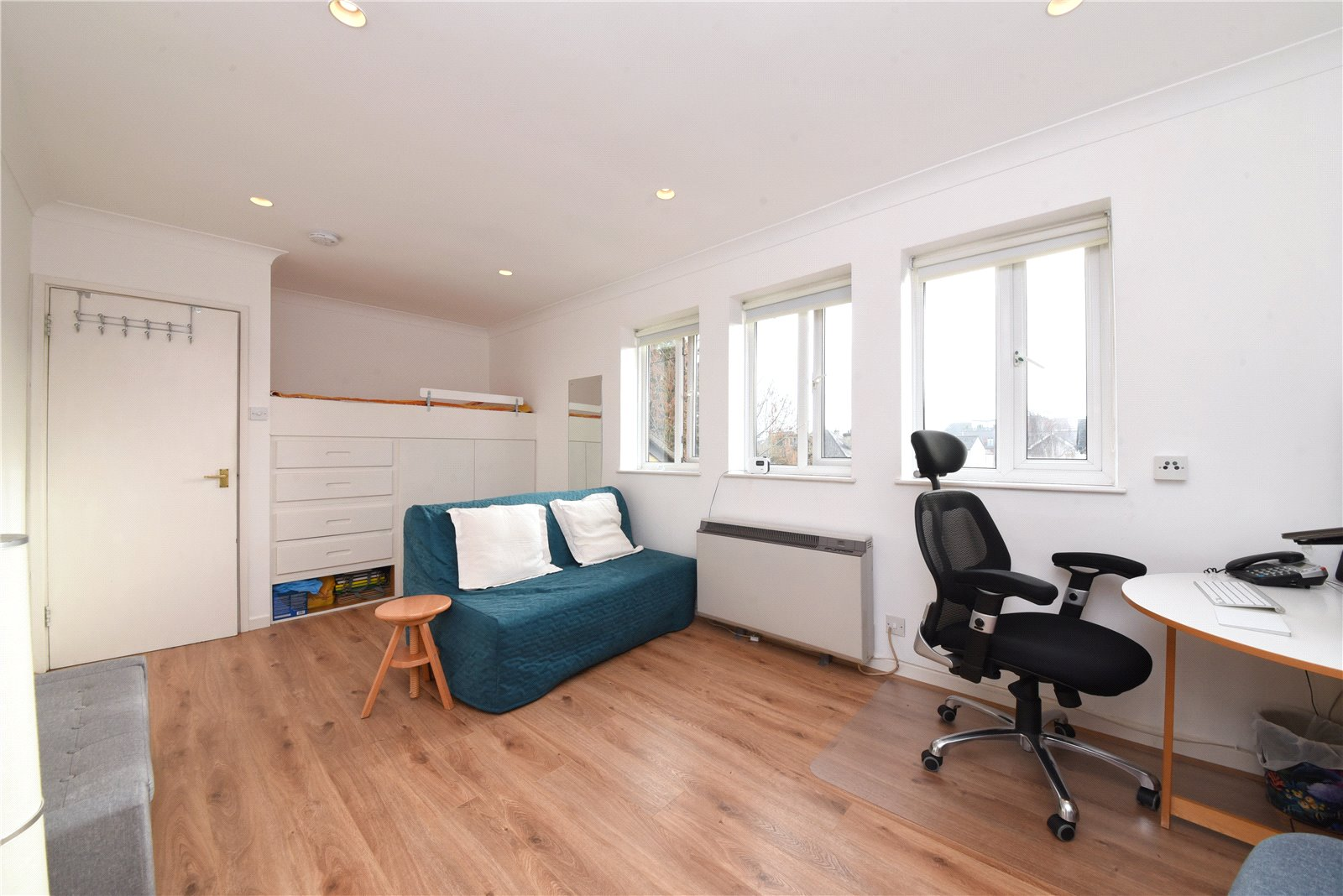 Apartment for sale in New Barnet, EN4 9PJ, EN4