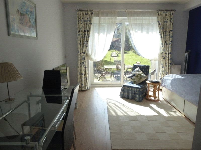 Apartment to rent in Meadway, Barnet 3