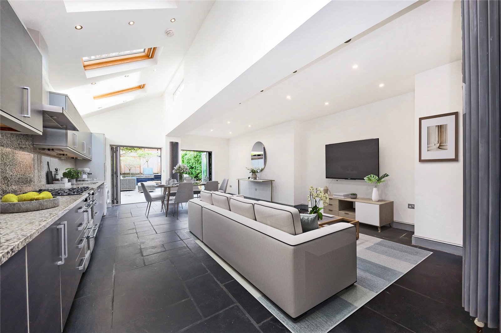 4 bed house for sale in Cricklewood, NW2 6QE  - Property Image 1