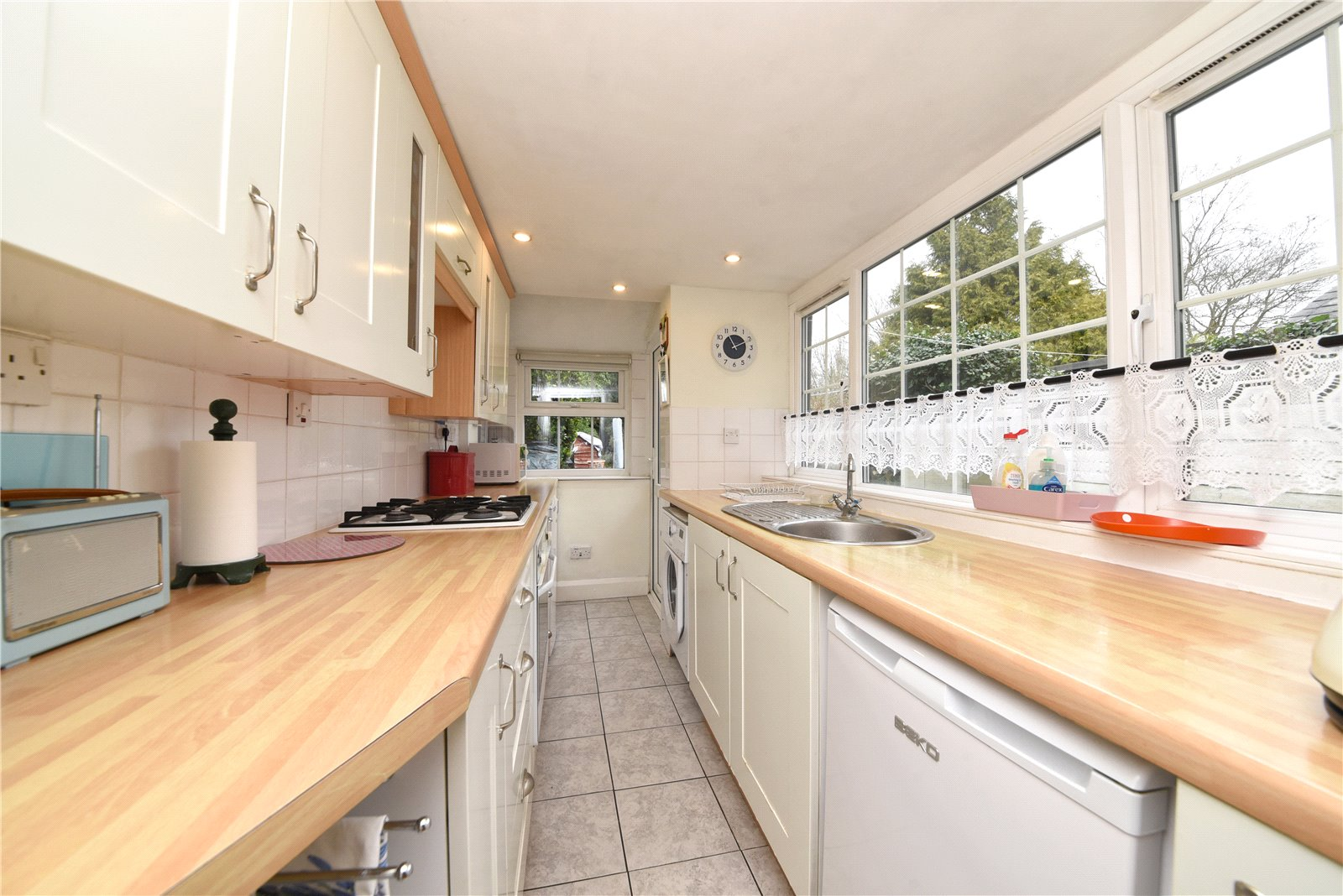 2 bed house for sale in London, N12 9JN 1