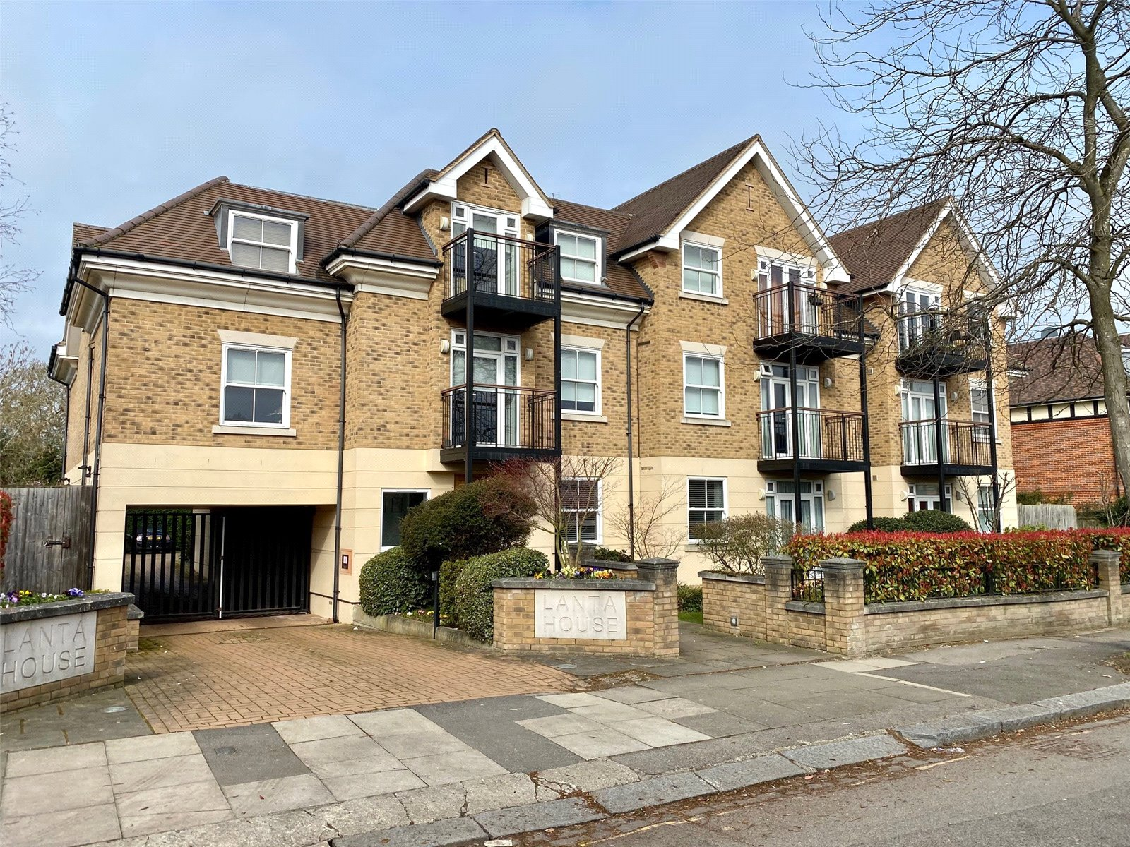 2 bed apartment for sale in Mill Hill East, NW7 1ND 3