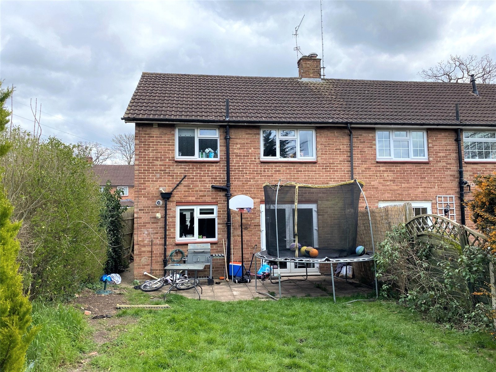 3 bed house to rent in Bricket Wood, AL2 3NB 9