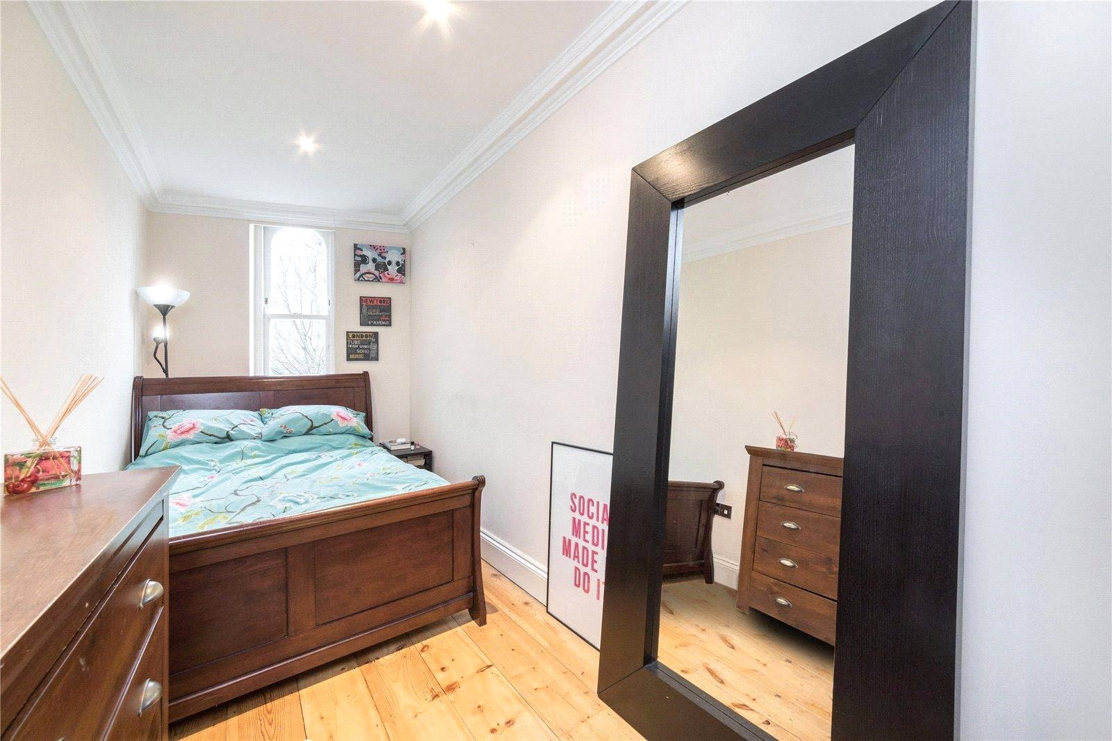 2 bed apartment to rent in Arsenal, N5 1LU 2