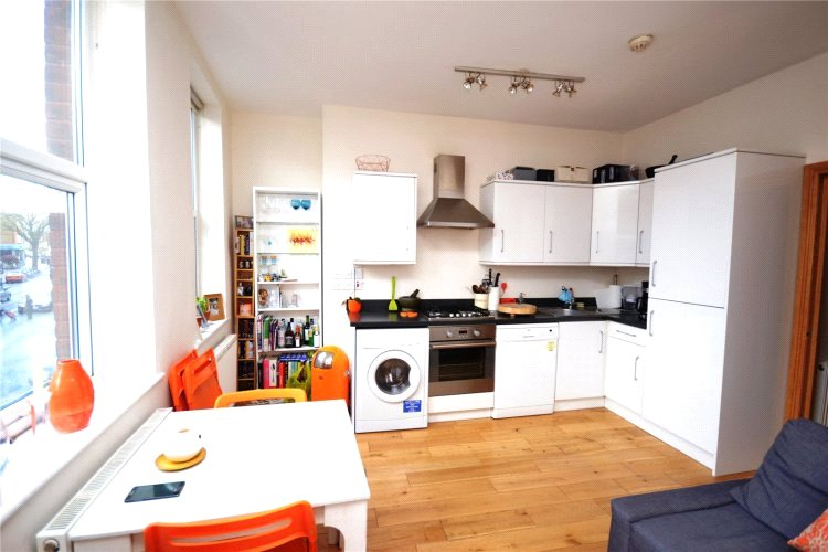 1 bed apartment to rent in High Road, East Finchley, N2 9
