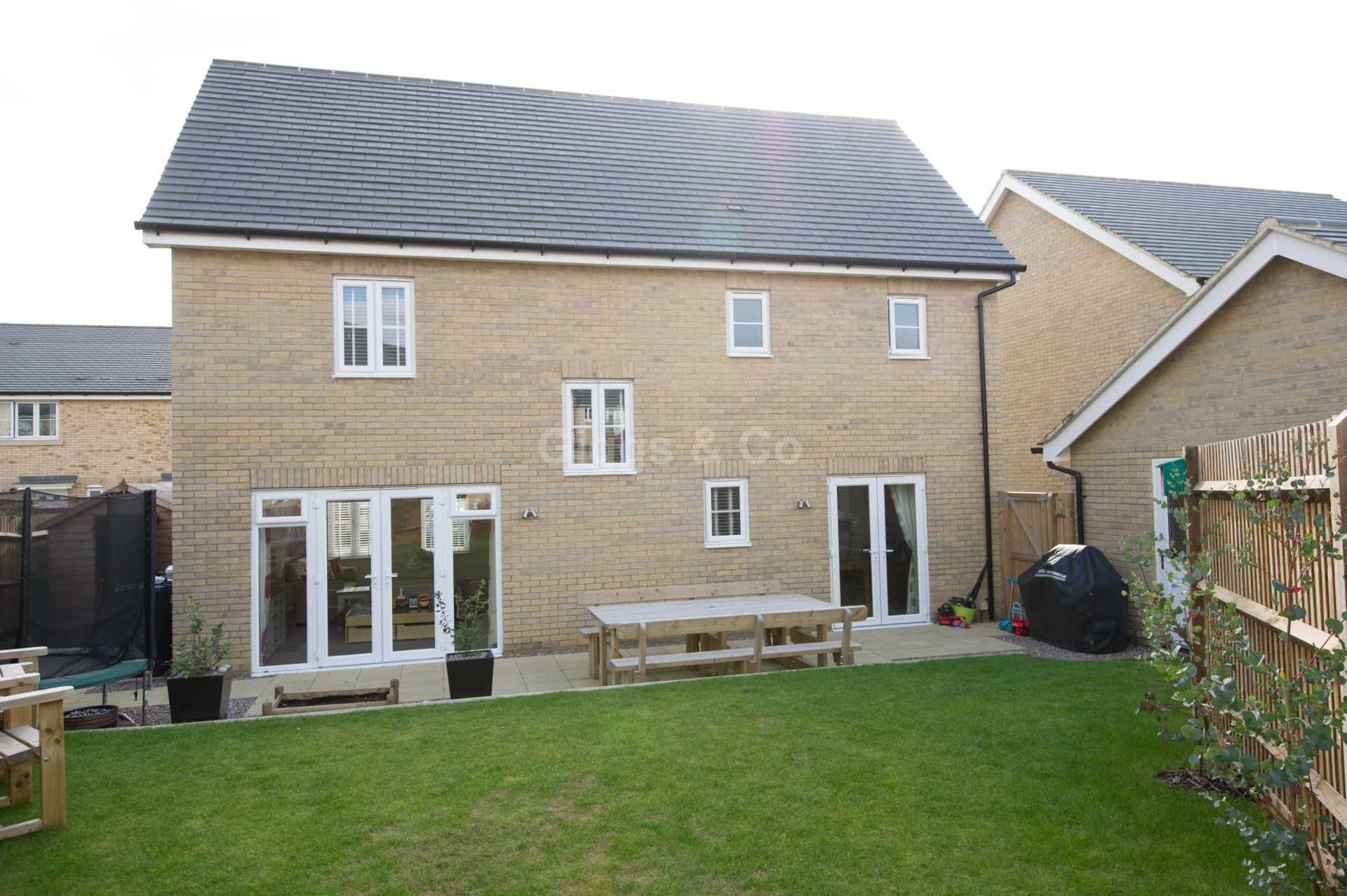 4 bed detached house to rent in Waterland, St. Neots  - Property Image 13