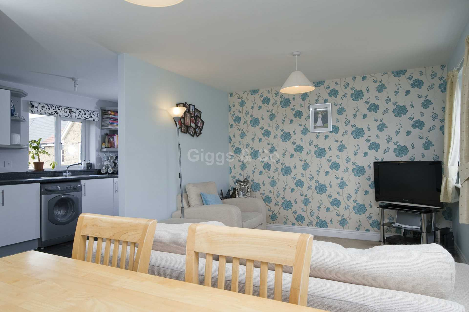 2 bed detached house to rent in Middle Ground, St Neots  - Property Image 6