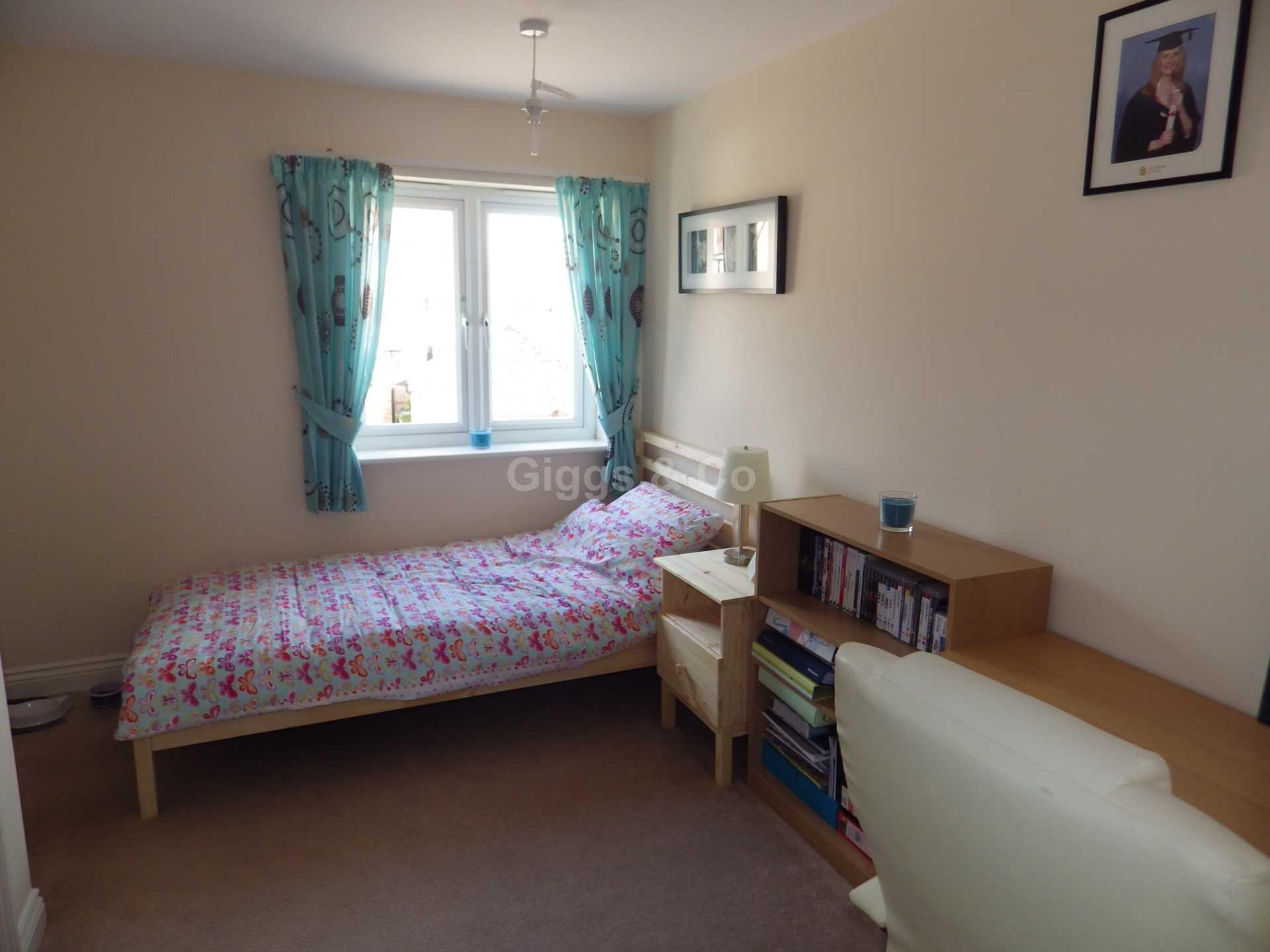 2 bed detached house to rent in Middle Ground, St Neots 7