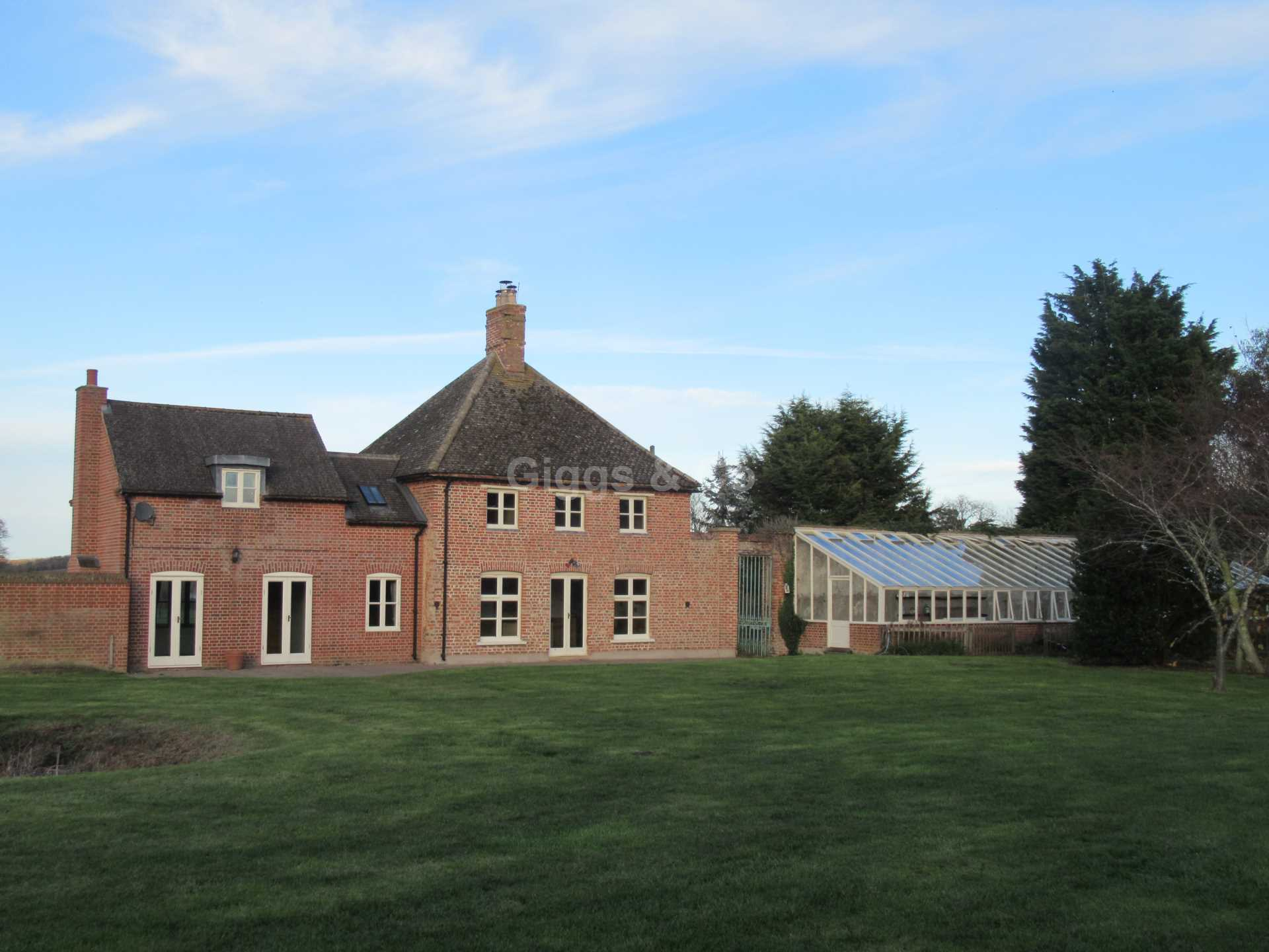 4 bed detached house to rent in The Town, Great Staughton, PE19