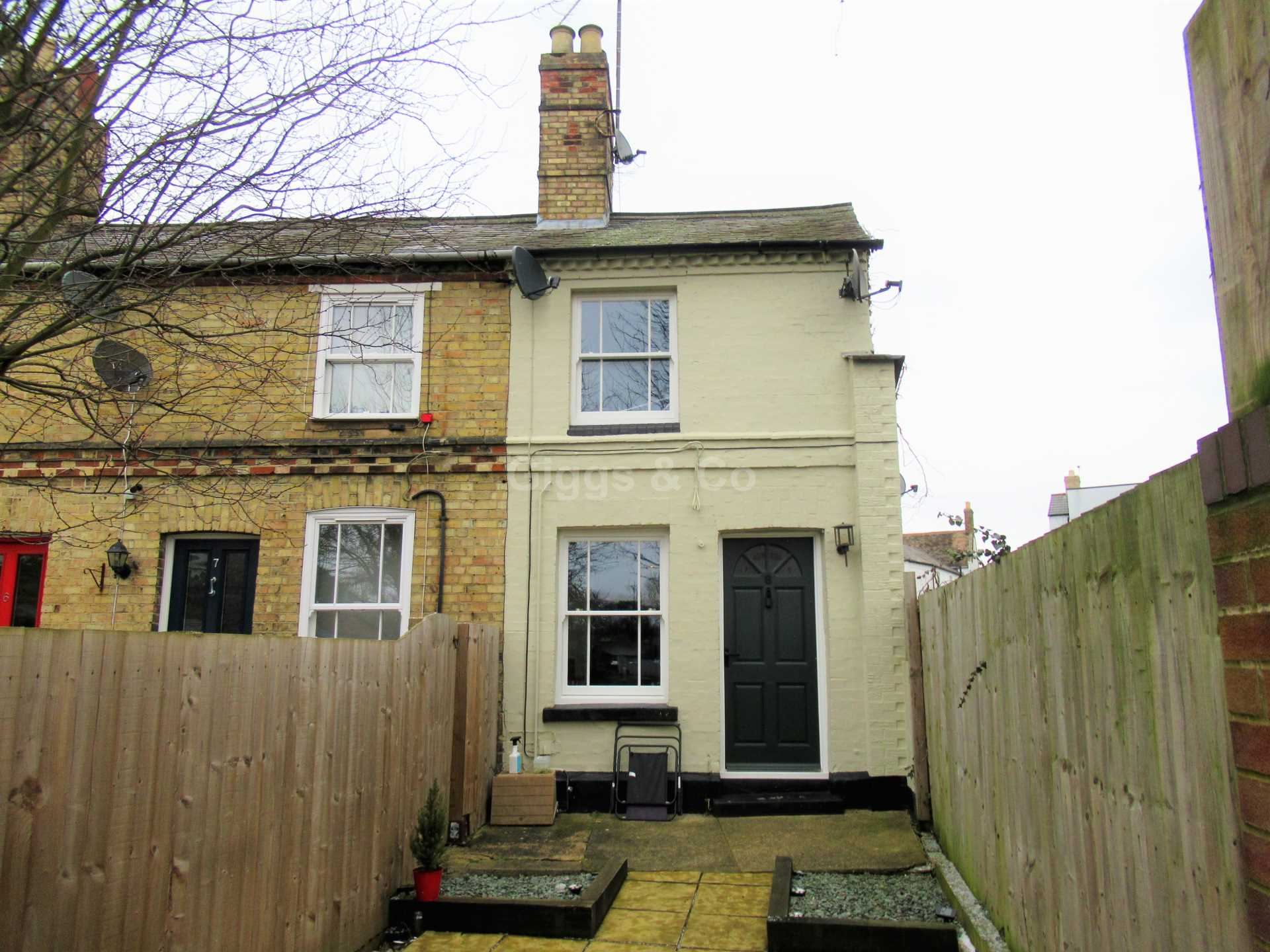 2 bed end of terrace house to rent in St.Johns Terrace, Huntingdon, PE29