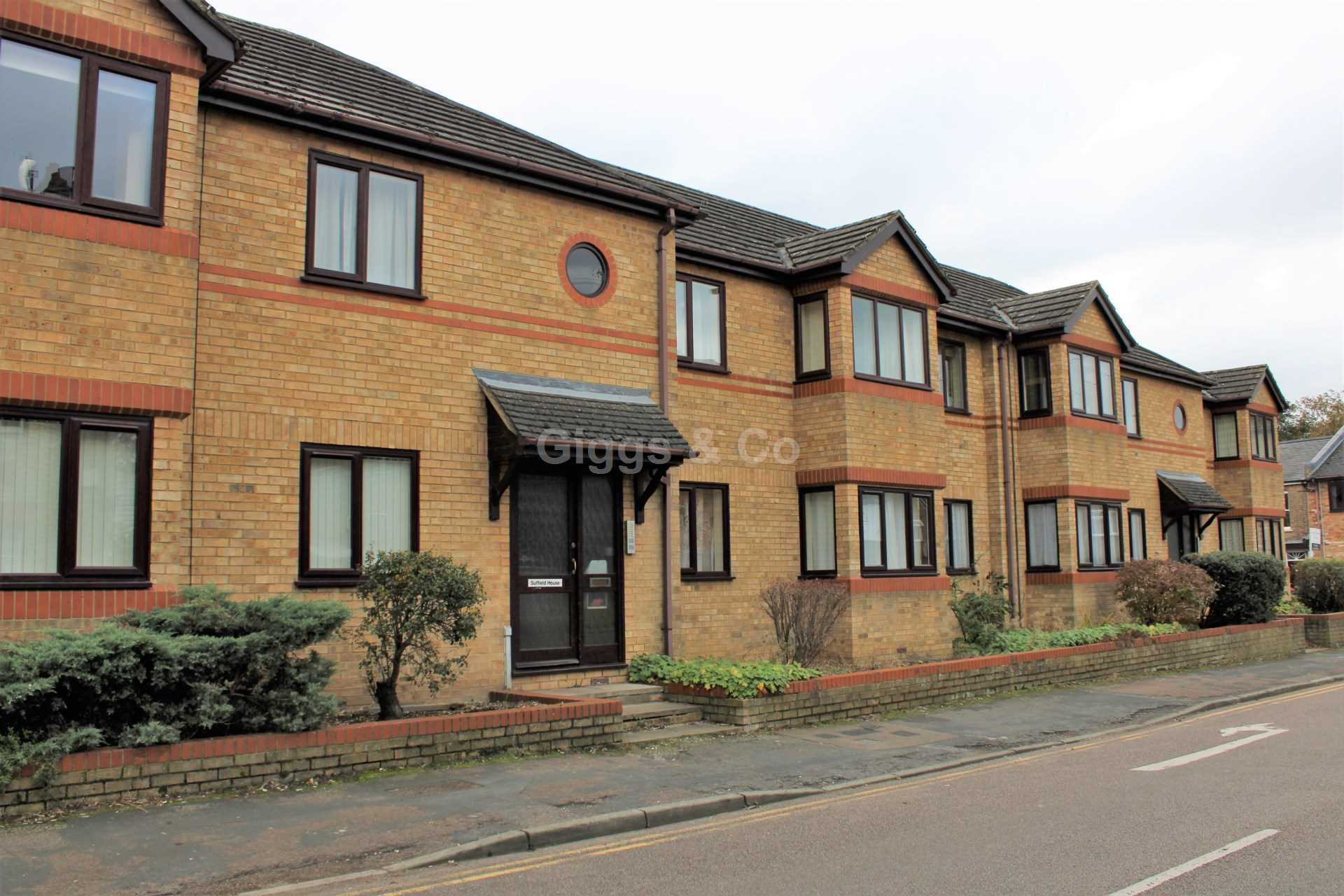 2 bed flat to rent in Suffield House, St Neots, PE19