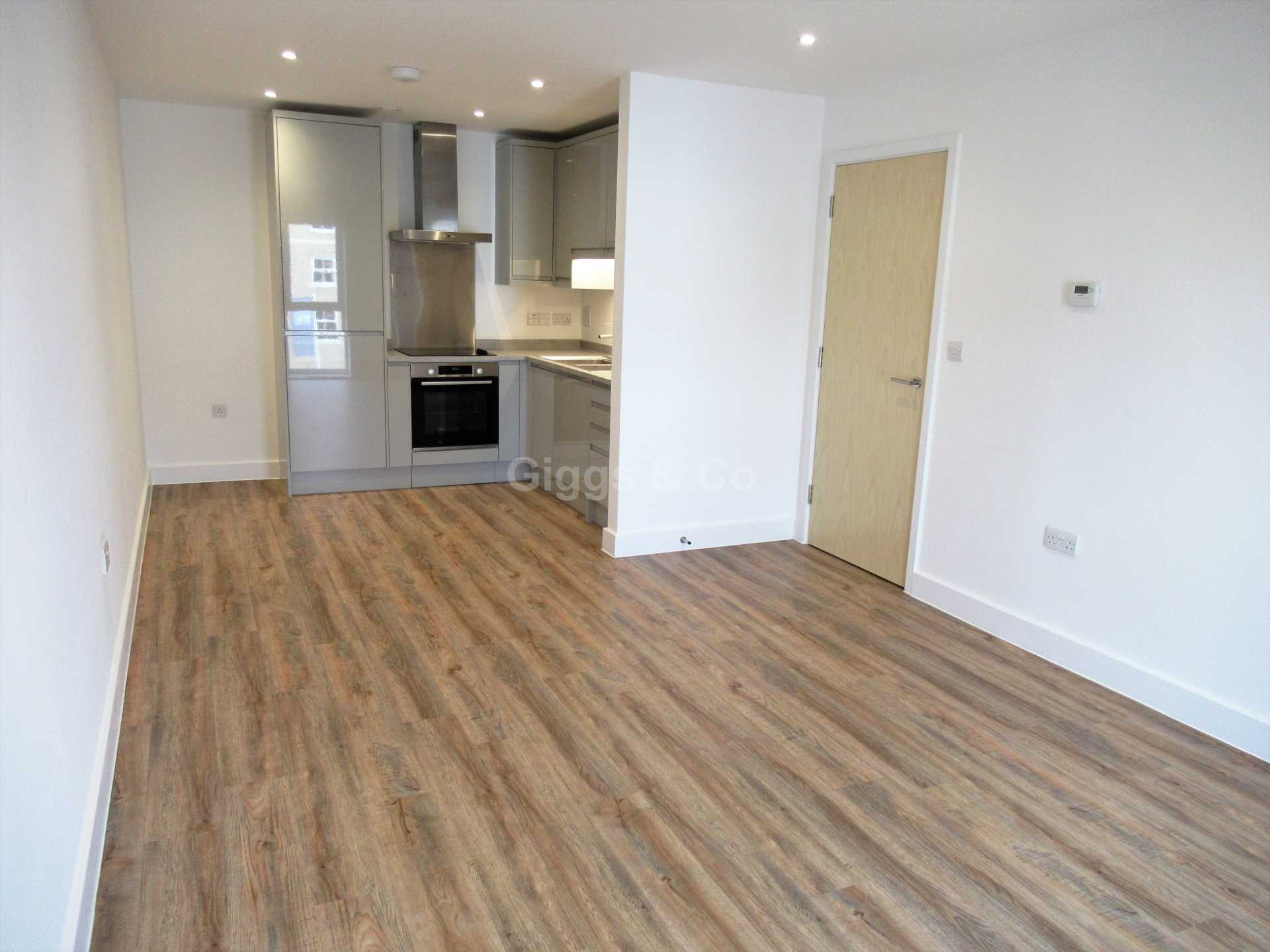 1 bed apartment to rent in Drovers Place, Huntingdon 2