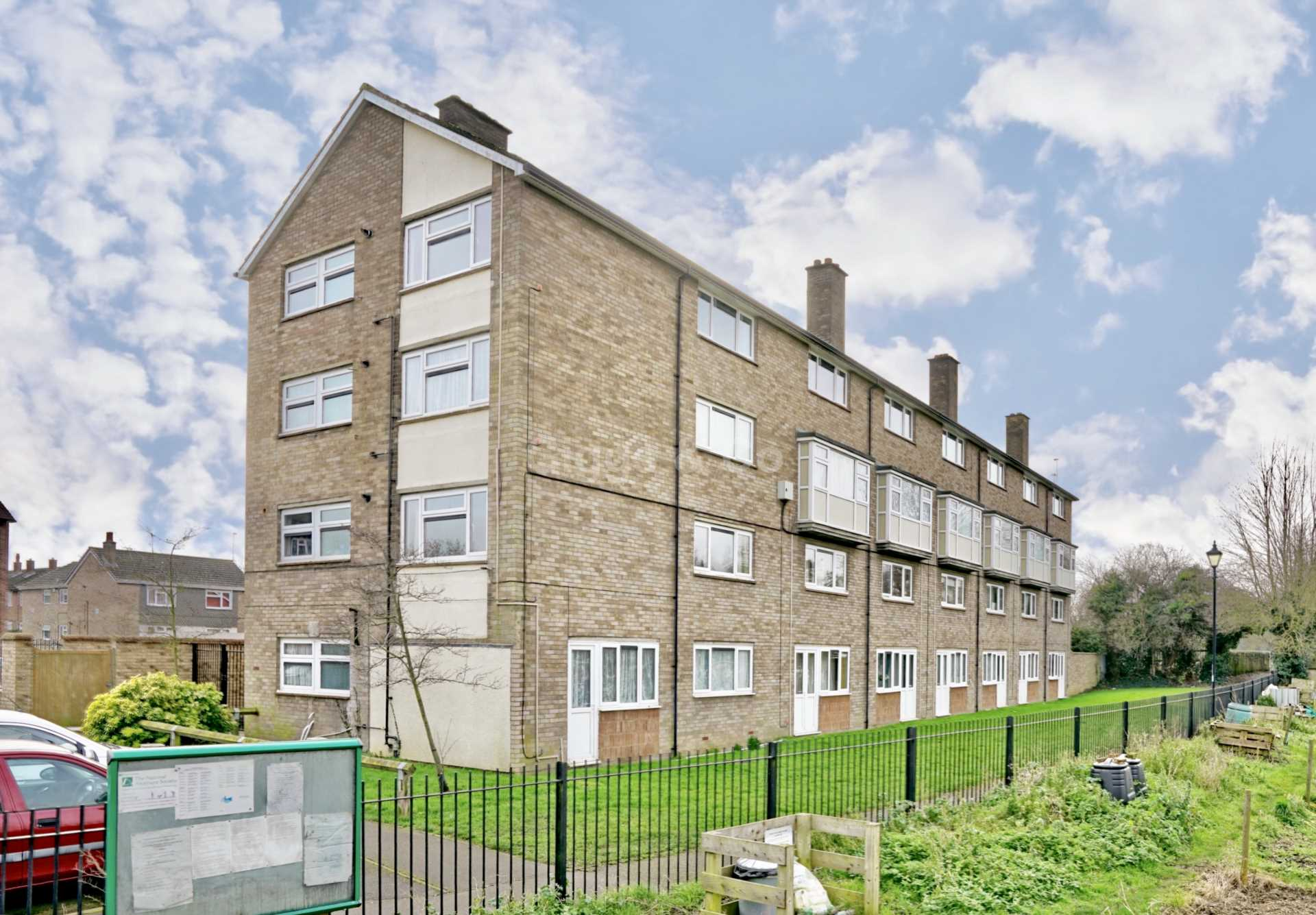 1 bed flat to rent in Brown Square, St Neots, PE19