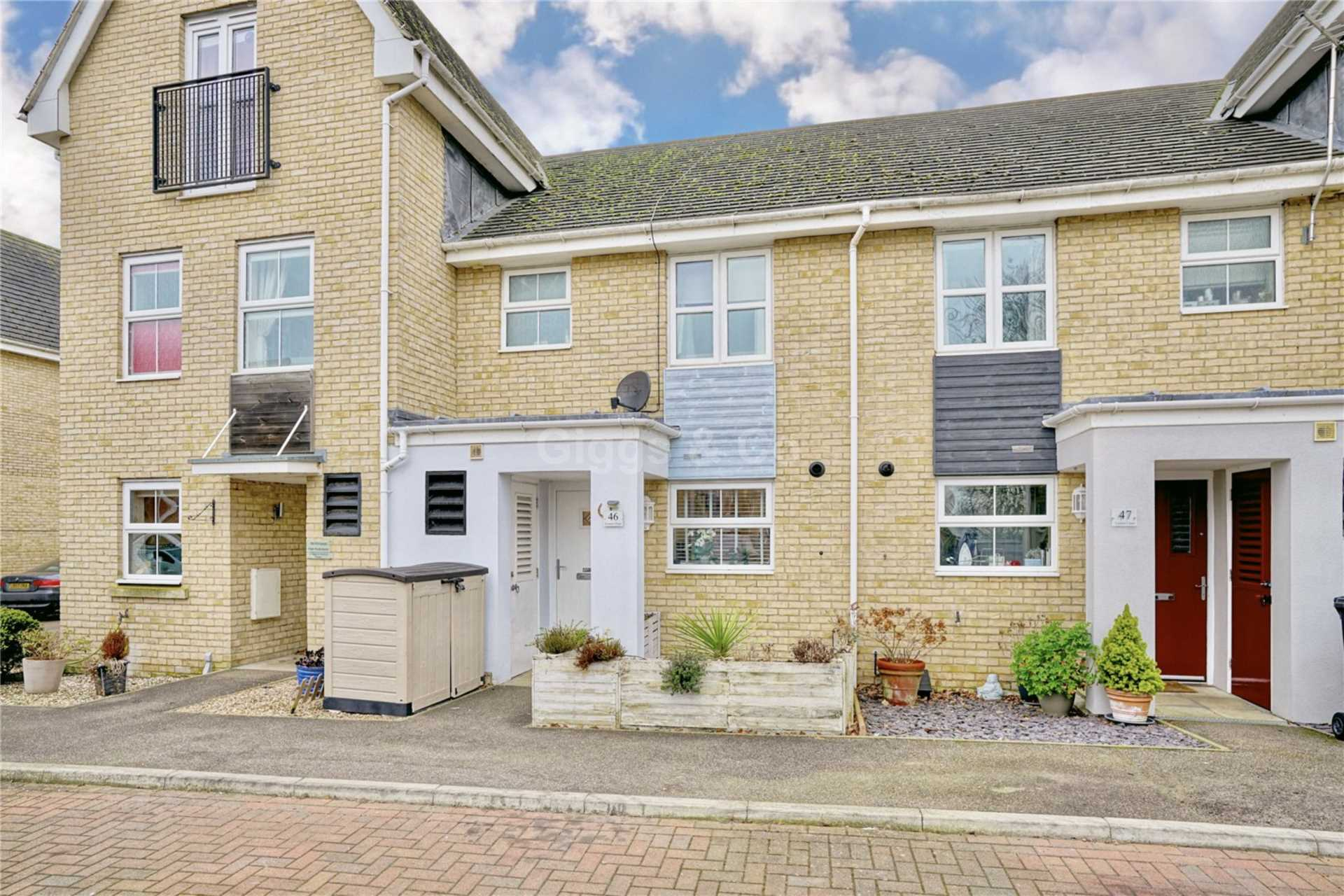 3 bed terraced-house to rent in Linton Close, St Neots, PE19