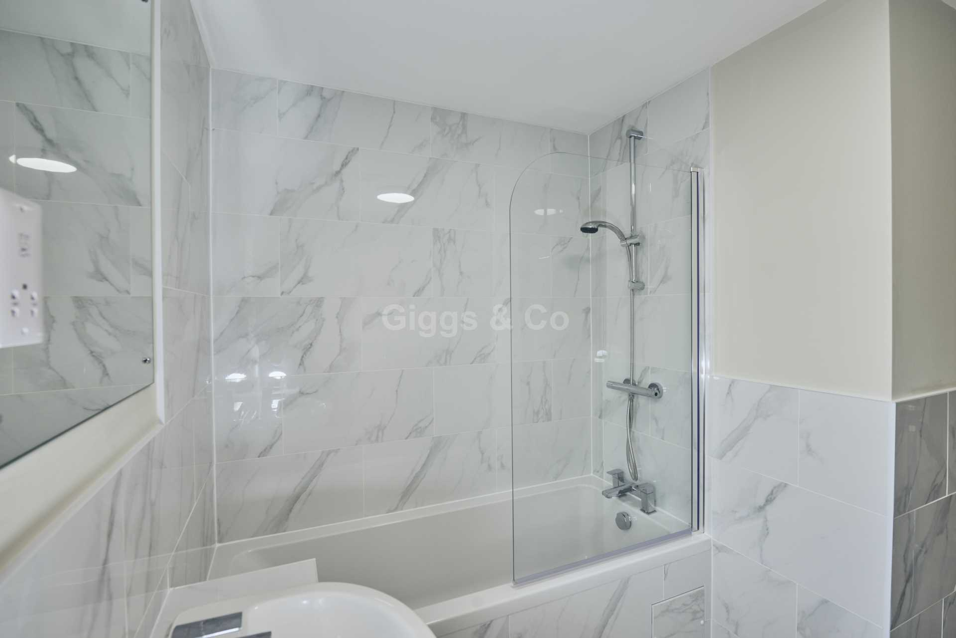 2 bed apartment to rent in East Street, St Ives  - Property Image 16