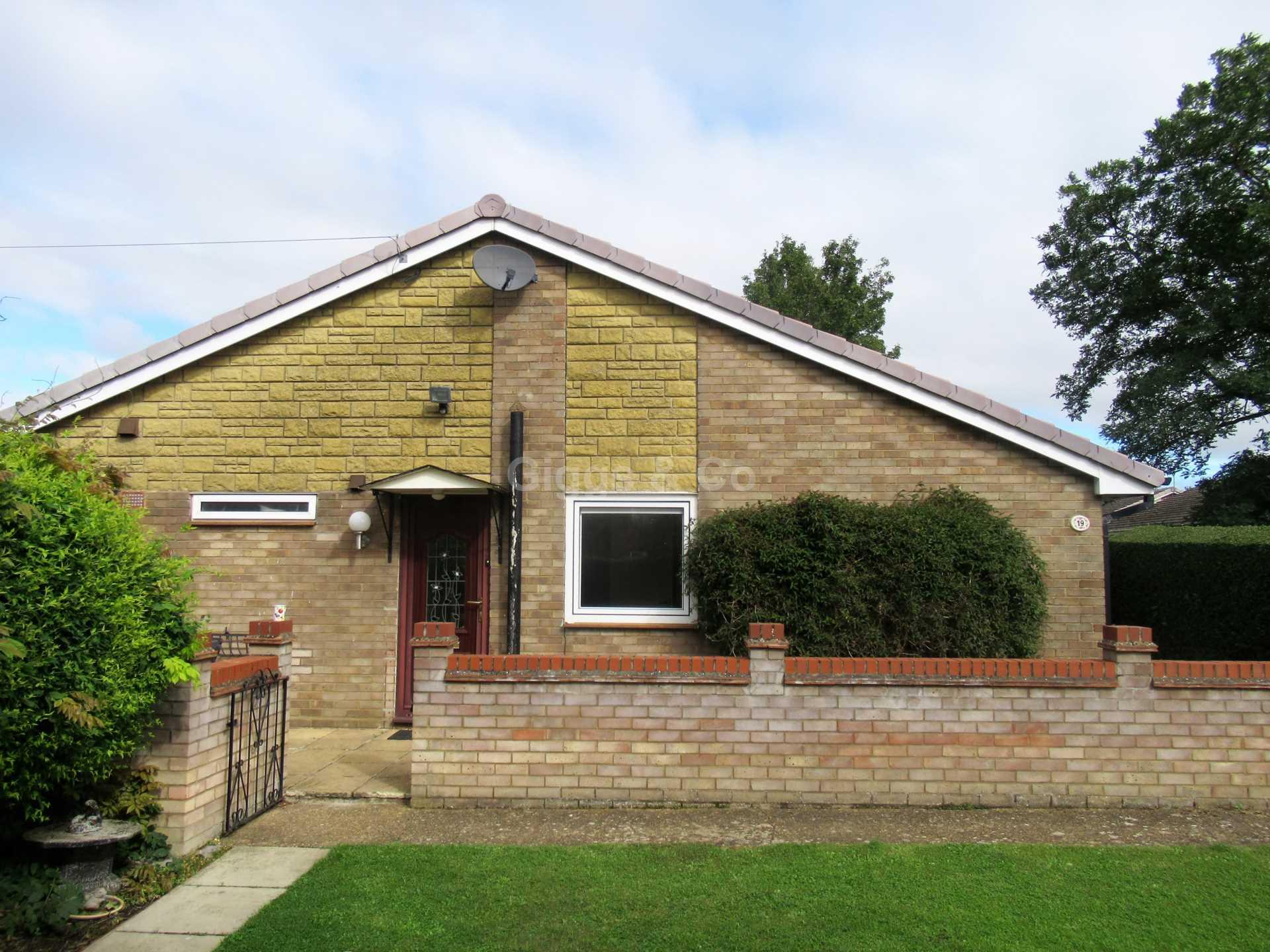 3 bed bungalow to rent in Ridgeway, Eynesbury, PE19