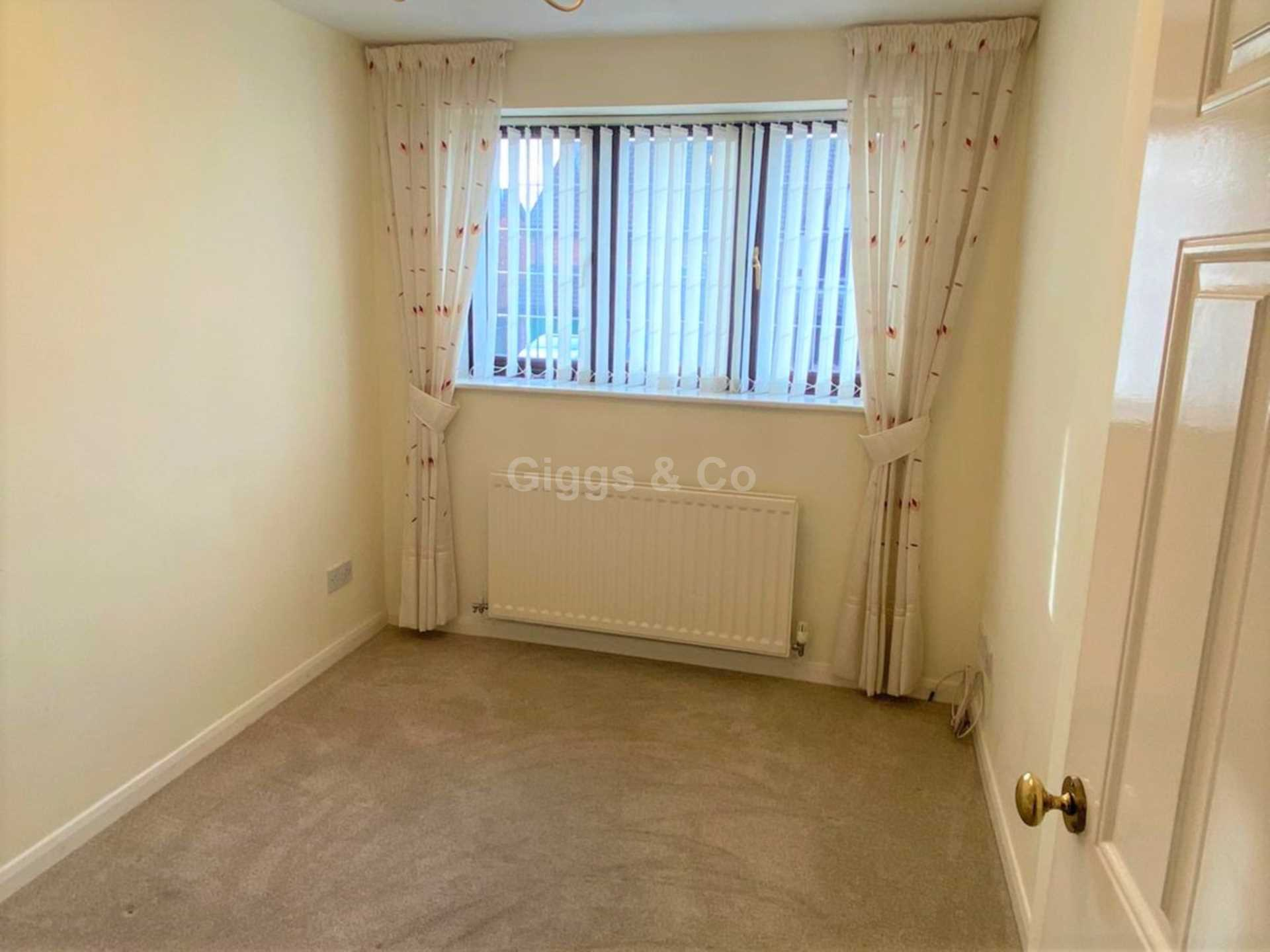 4 bed detached house to rent in Woodmere, Luton  - Property Image 6