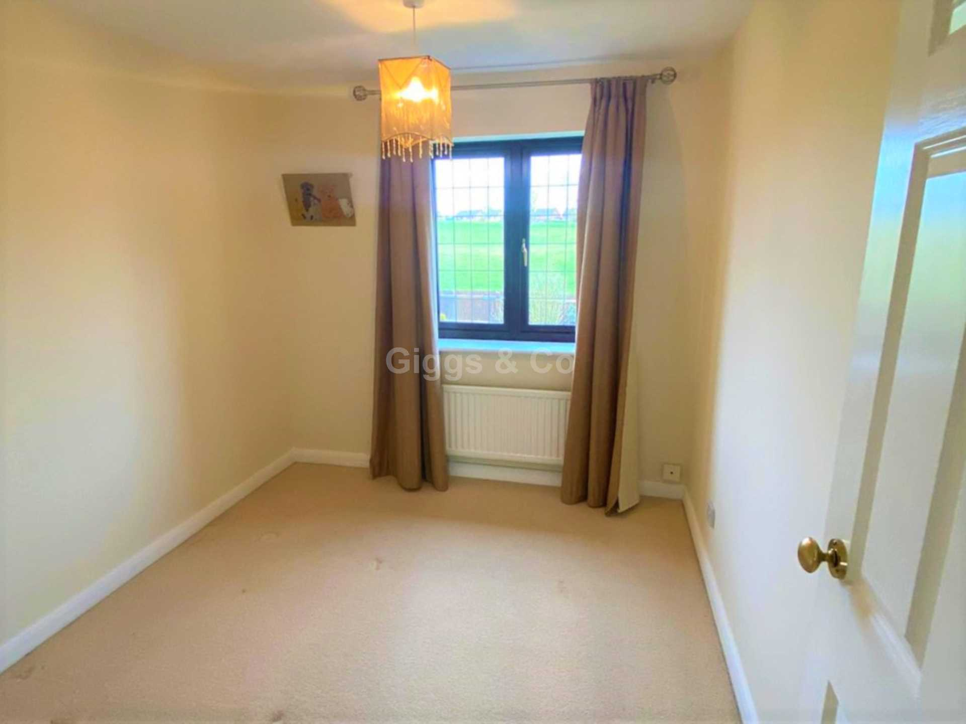 4 bed detached house to rent in Woodmere, Luton  - Property Image 10