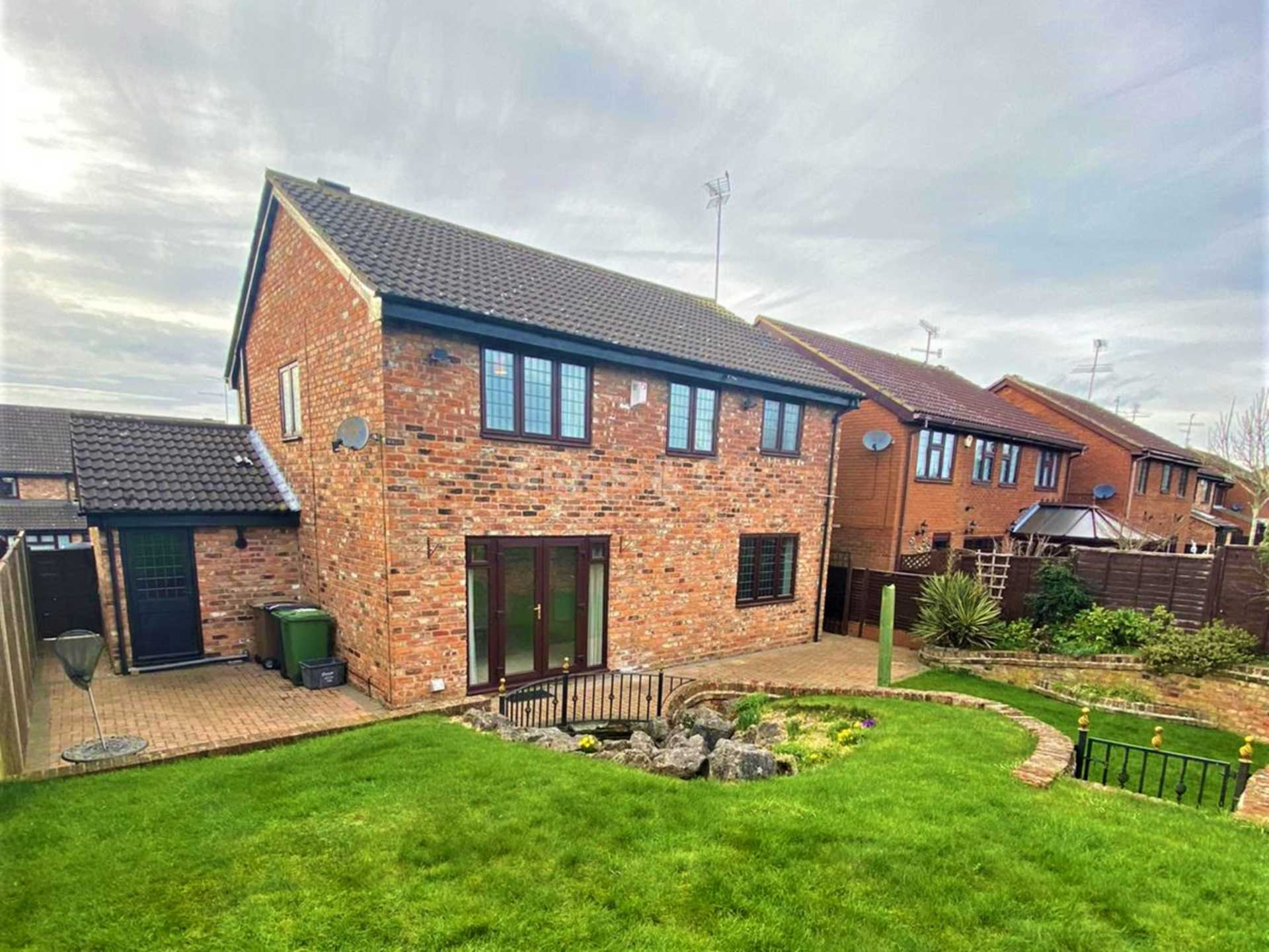 4 bed detached house to rent in Woodmere, Luton  - Property Image 15