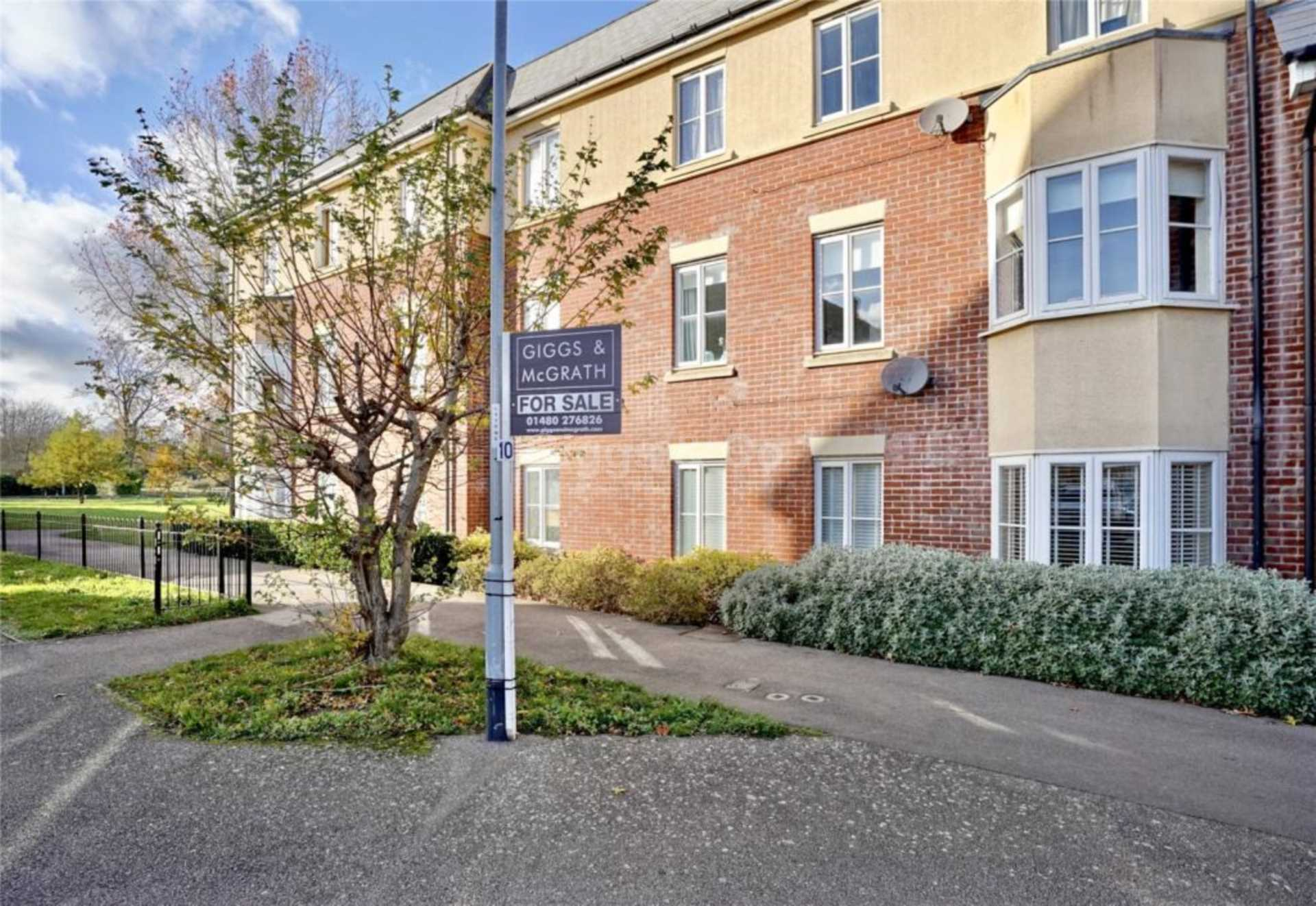 2 bed apartment to rent in Jubilee Green, Papworth Everard, CB23