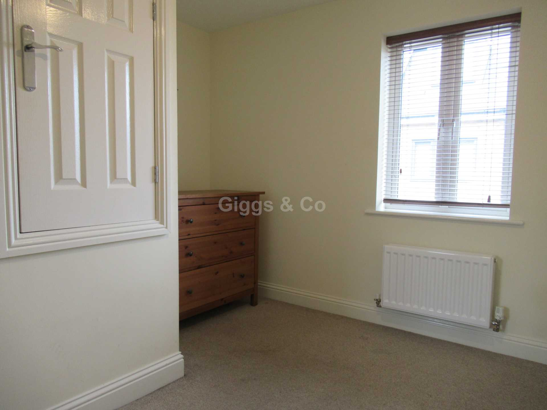 2 bed detached house to rent in The Warren, St Neots 6